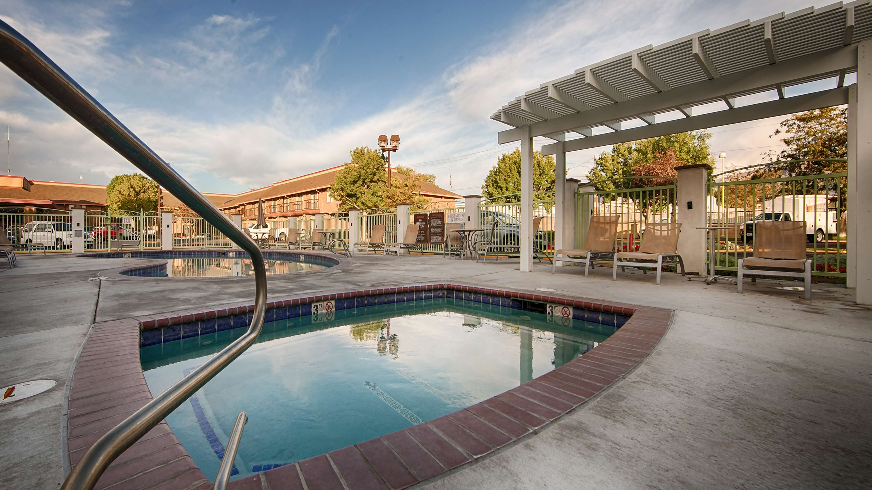 Best Western Plus Gold Country Inn image 23