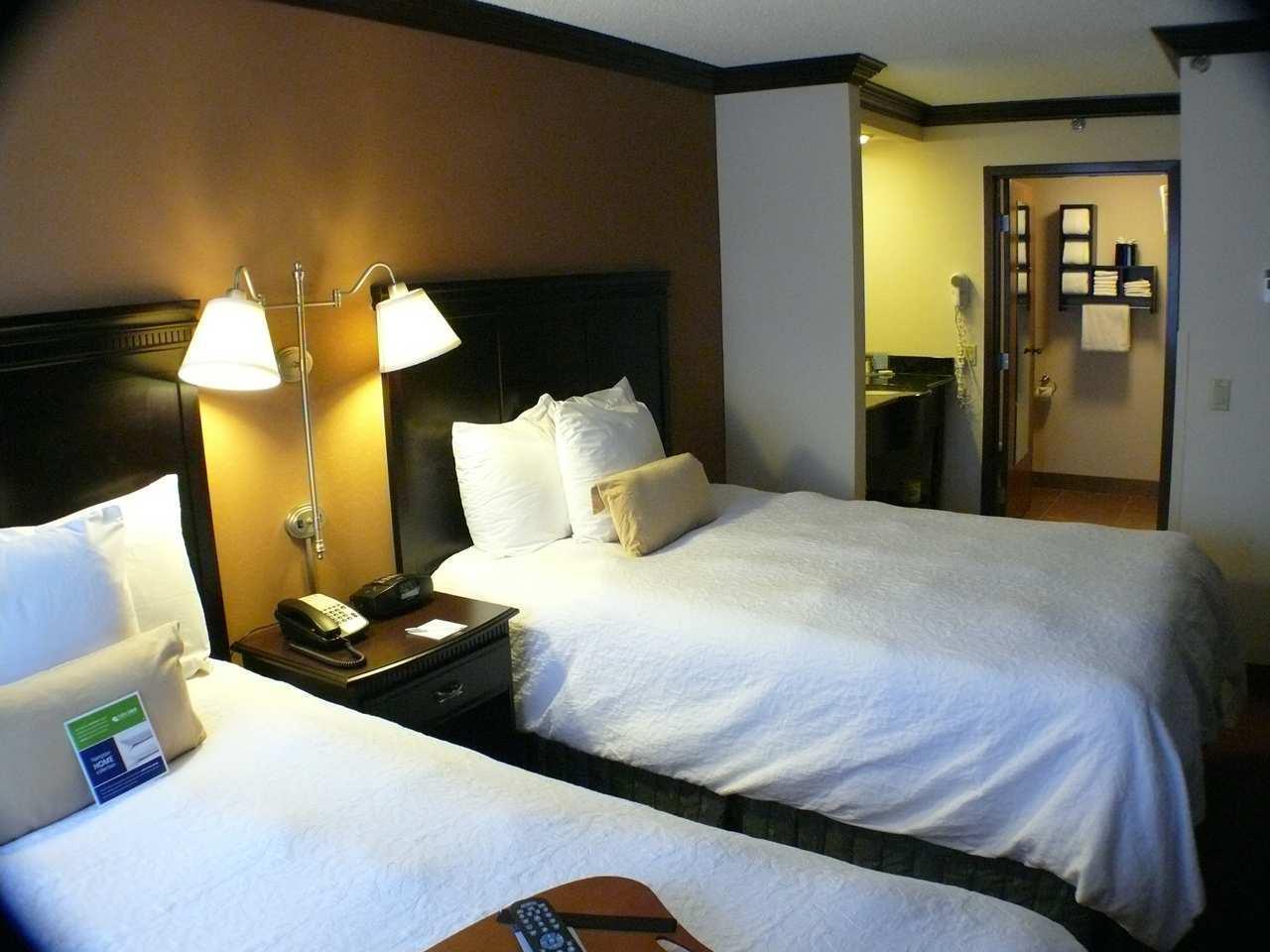Hampton Inn & Suites Chicago/Hoffman Estates image 18