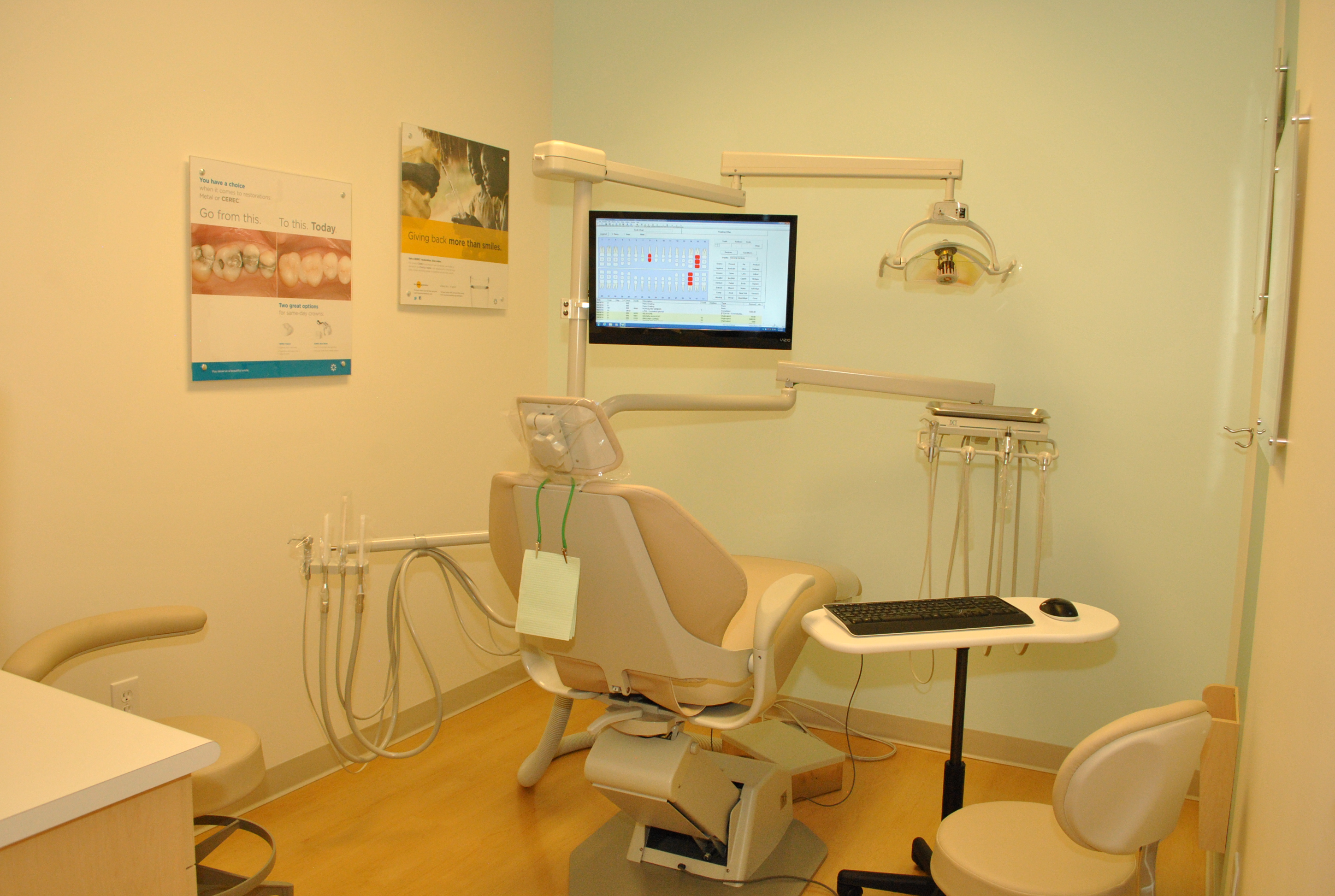 Clovis Crossing Dental Group and Orthodontics image 5