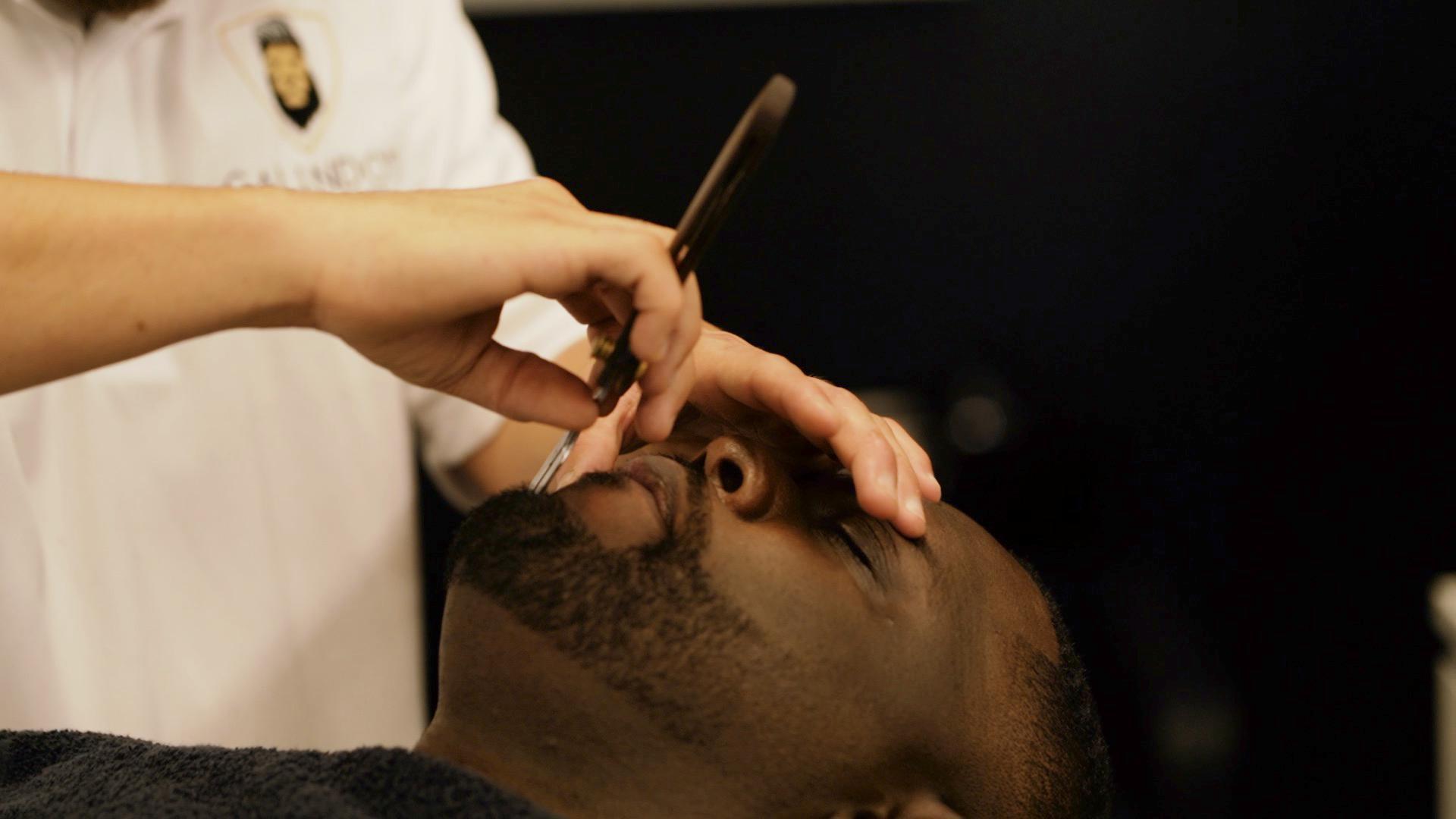 Galindo's Barbershop East image 6