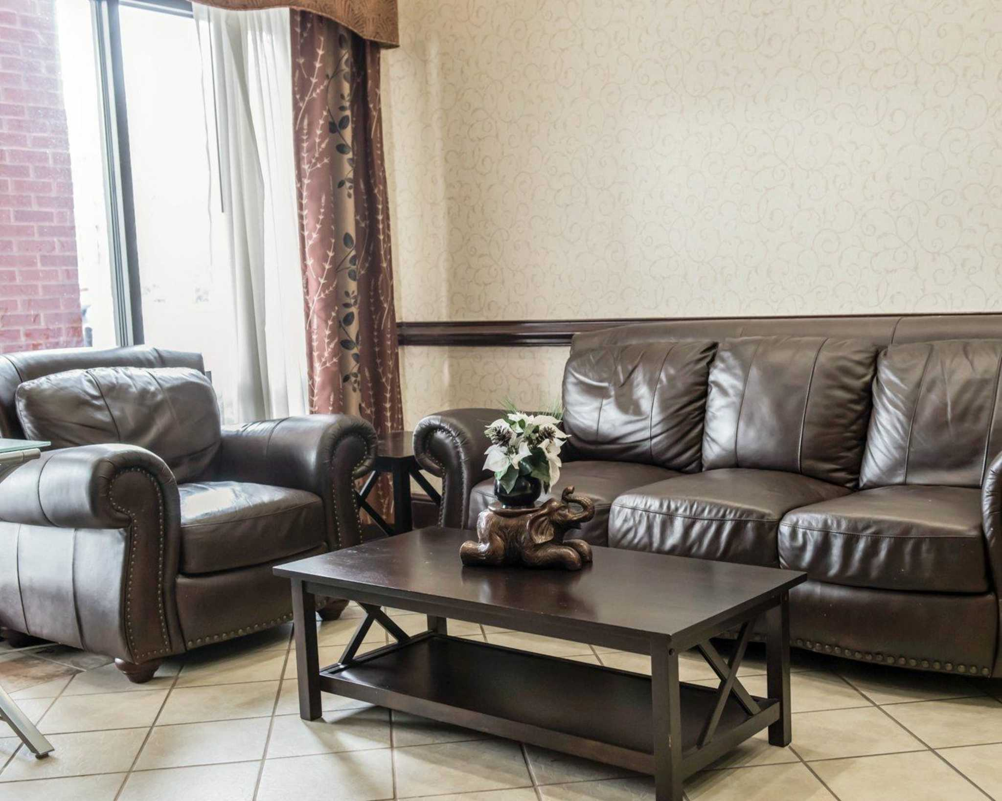 Comfort Inn & Suites Midway - Tallahassee West image 17