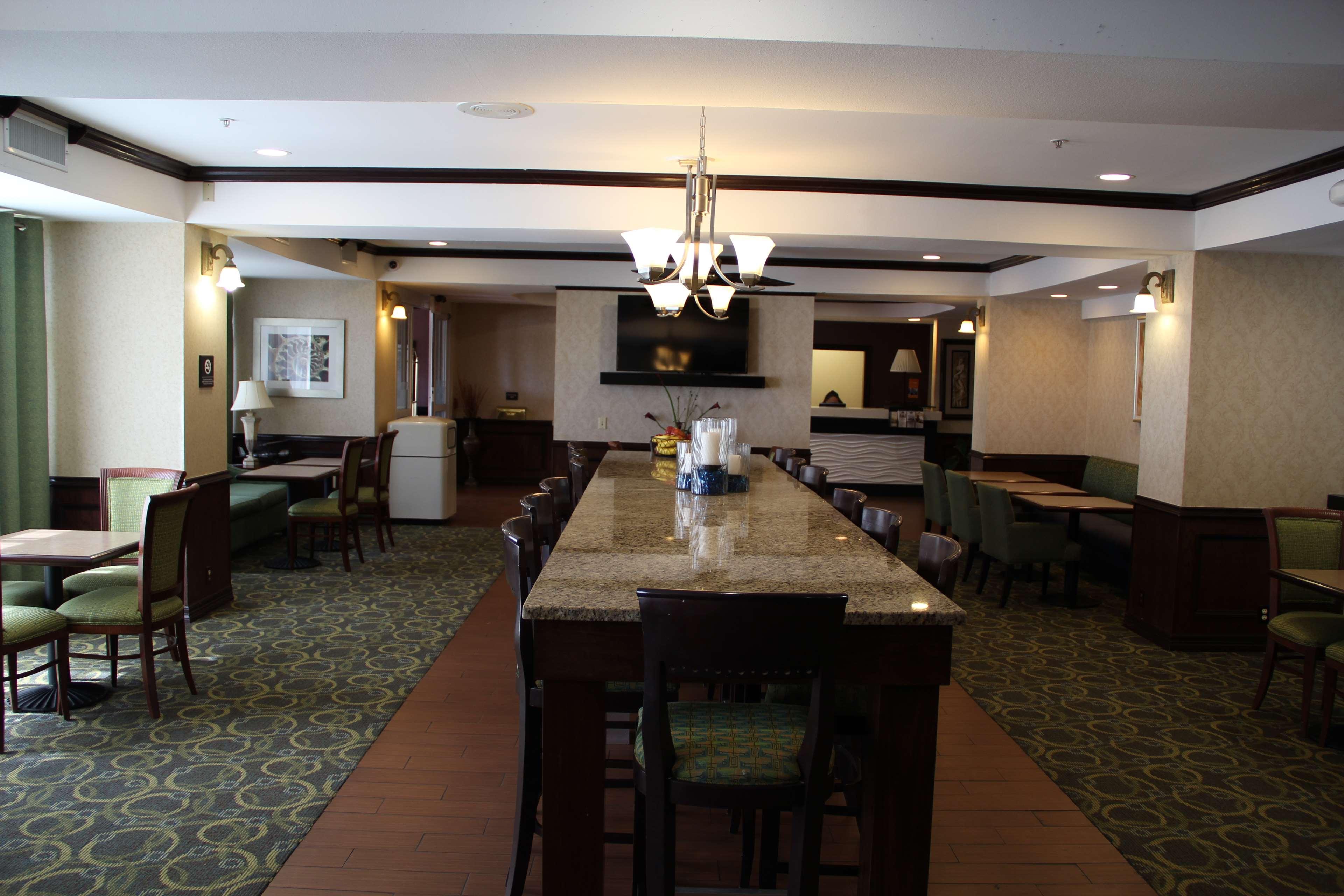 Hampton Inn Corpus Christi-Northwest I-37 image 4