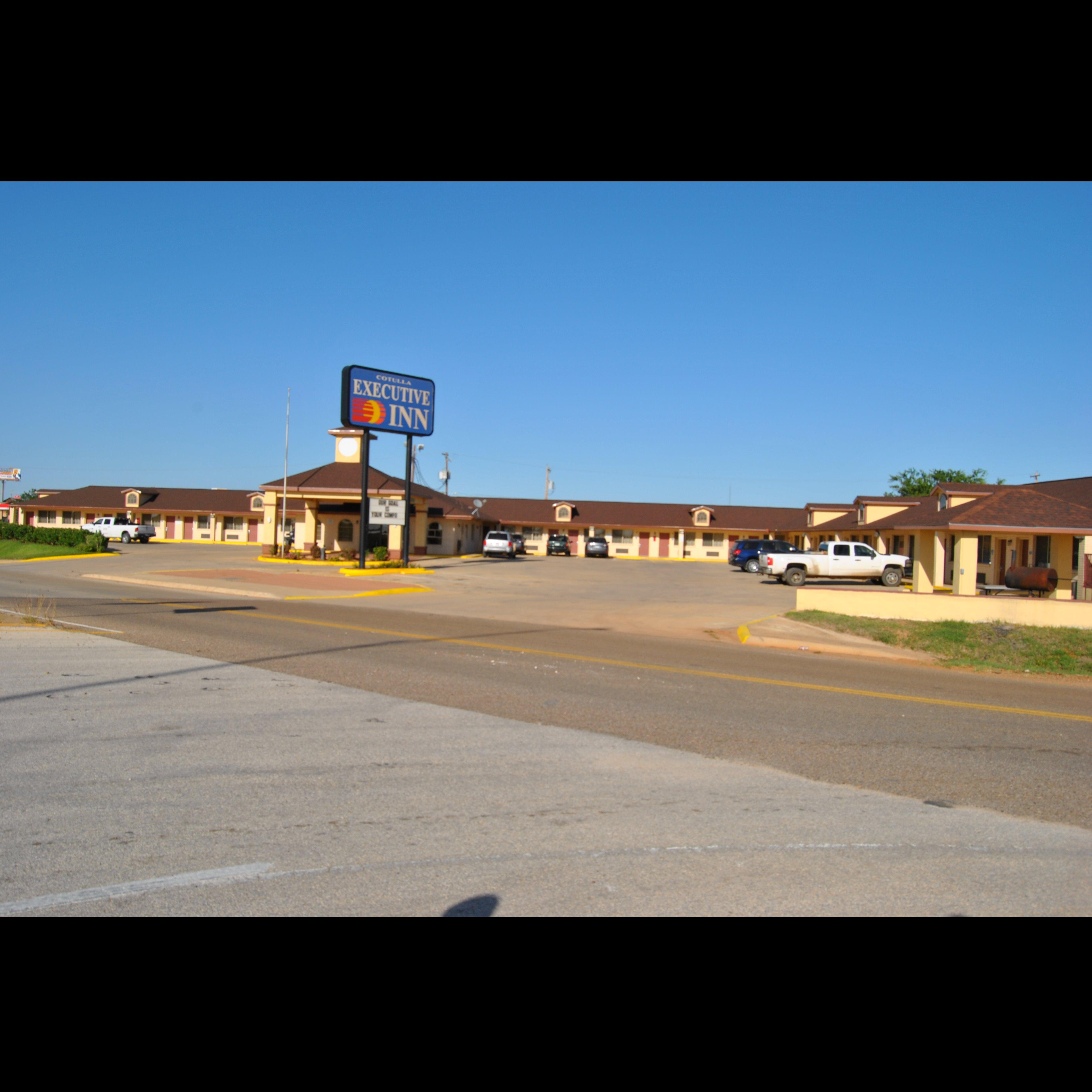 Laredo Executive Inn image 0