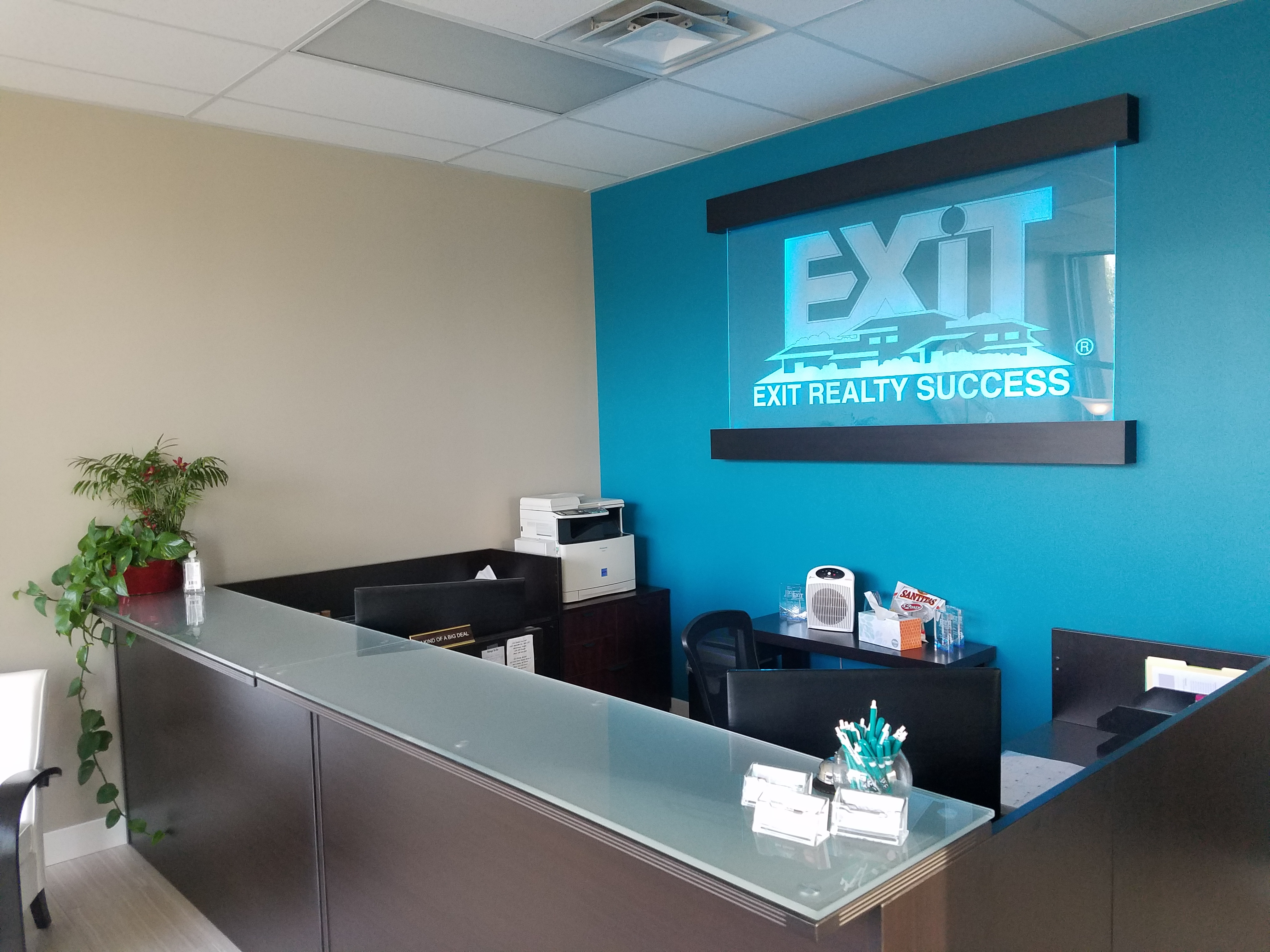 Scott Hodges Team with Exit Realty Success image 1