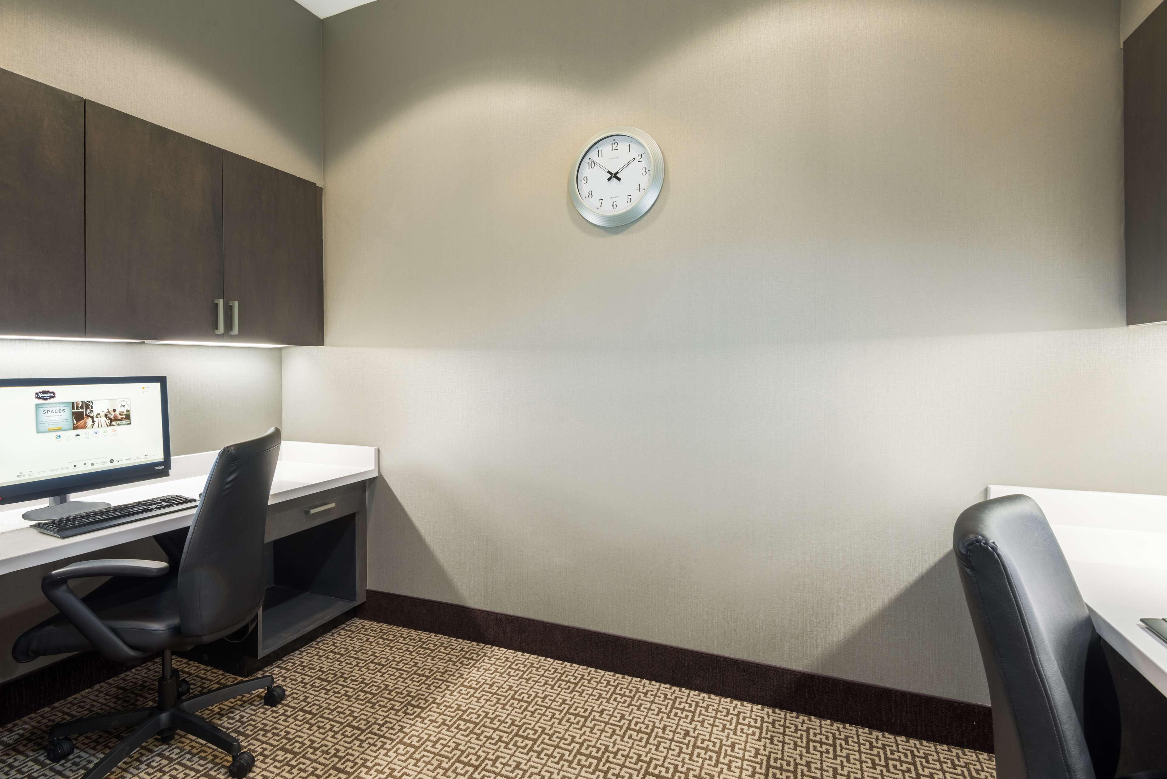 Hampton Inn & Suites Tampa Airport Avion Park Westshore image 32