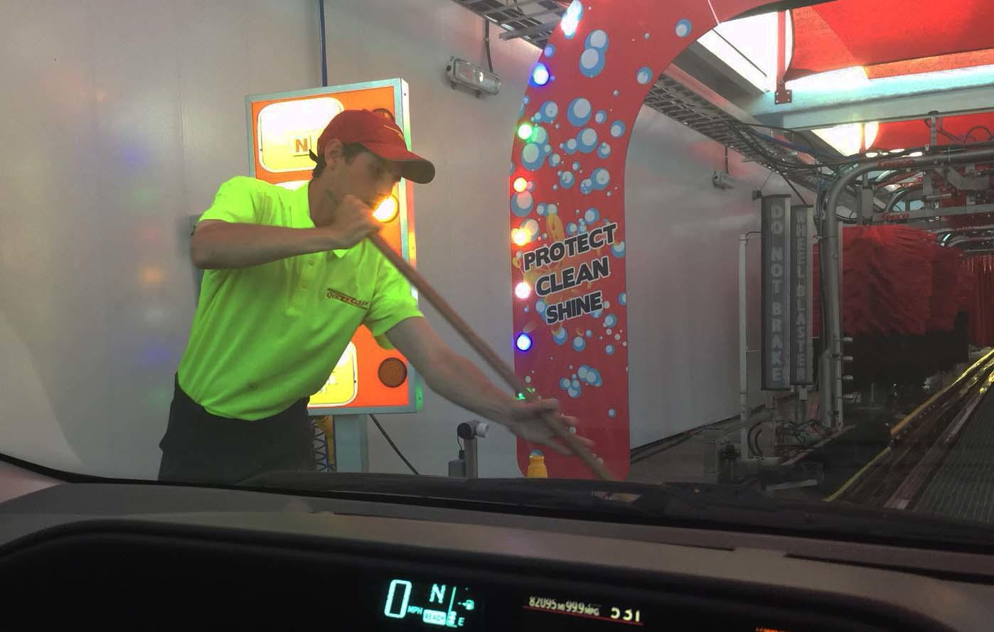 Quick N Clean Car Wash - CENTRAL PHOENIX - GRAND OPENING! image 9