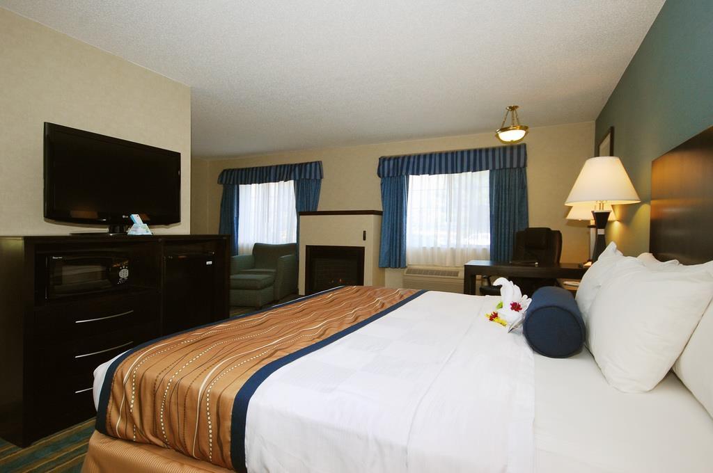Best Western Plus Berkshire Hills Inn & Suites image 21