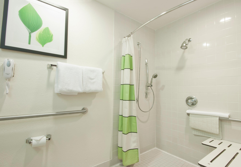 Fairfield Inn & Suites by Marriott Gulfport image 2