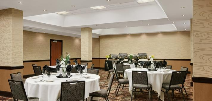 Embassy Suites By Hilton Kansas City Overland Park In