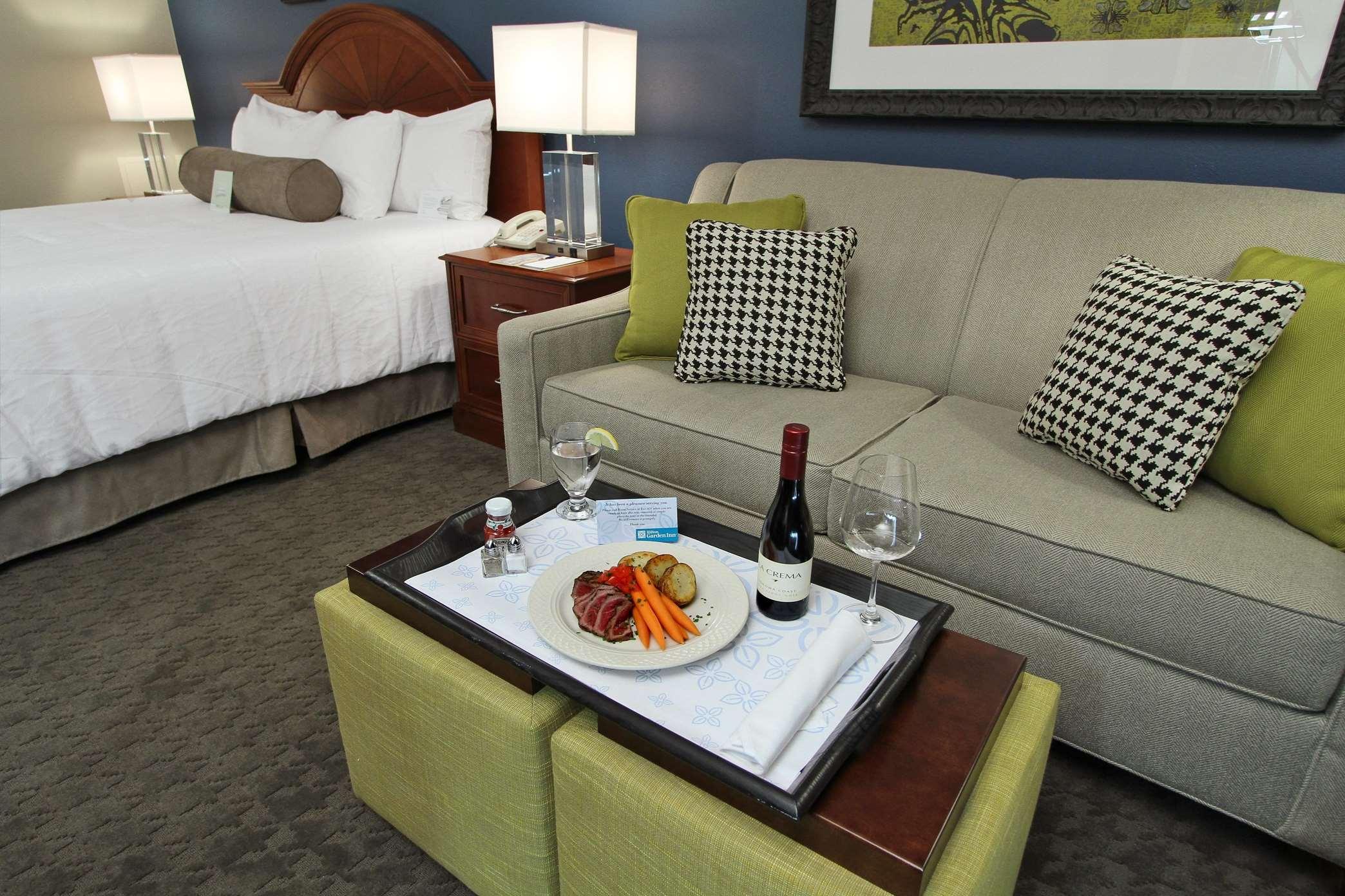 Hilton Garden Inn Westbury 1575 Privado Road Westbury, NY Hotels U0026 Motels    MapQuest