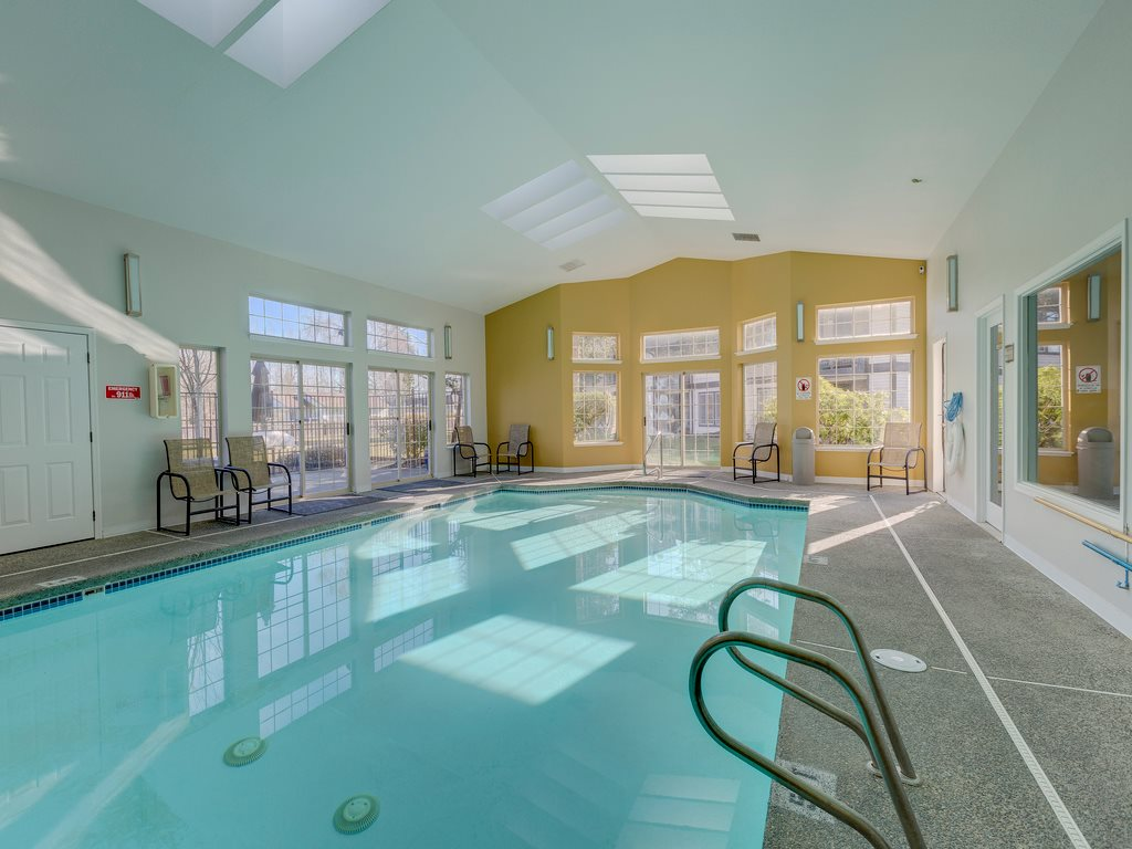 Saratoga Apartments image 3
