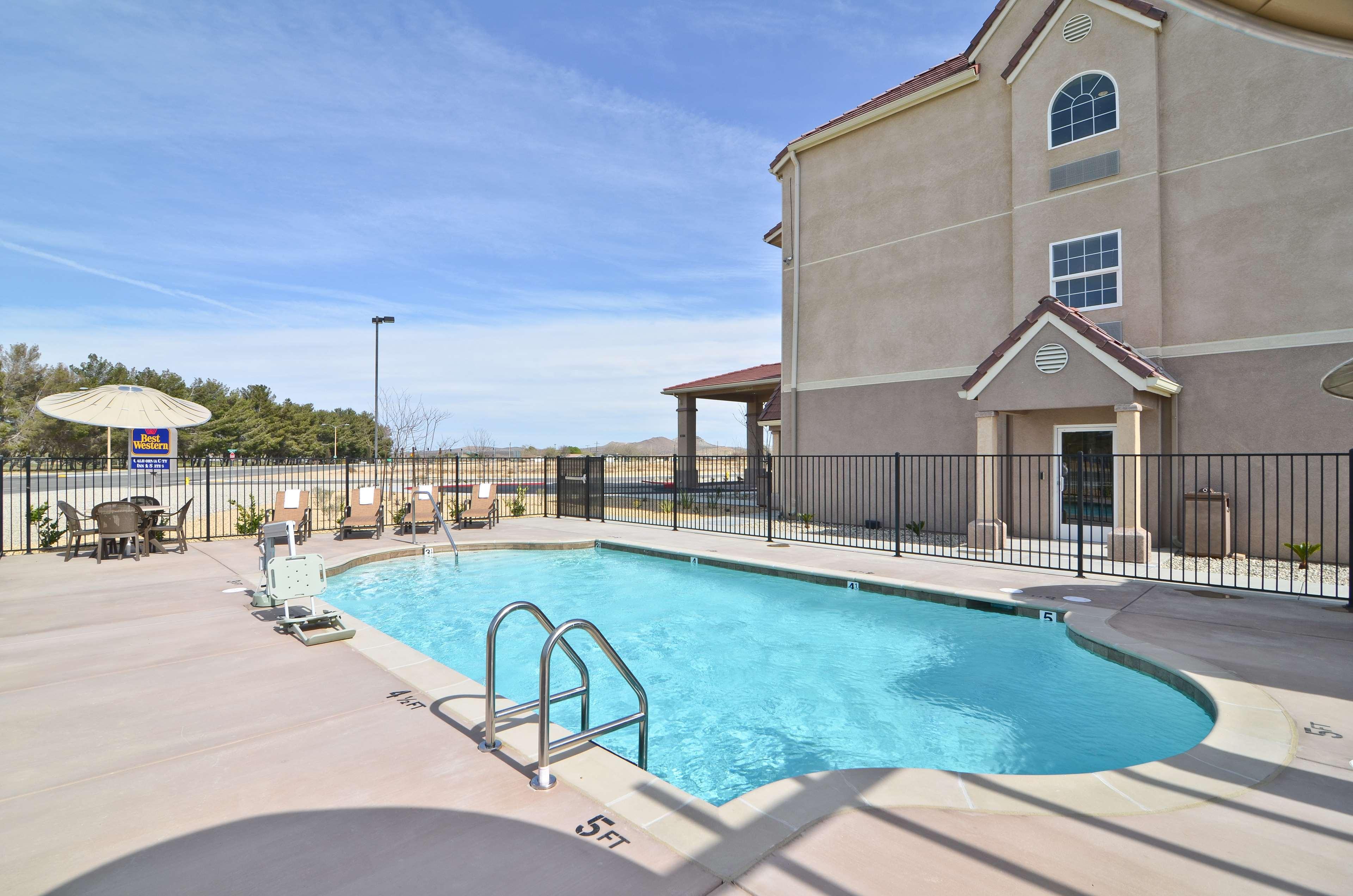 Best Western California City Inn & Suites image 25