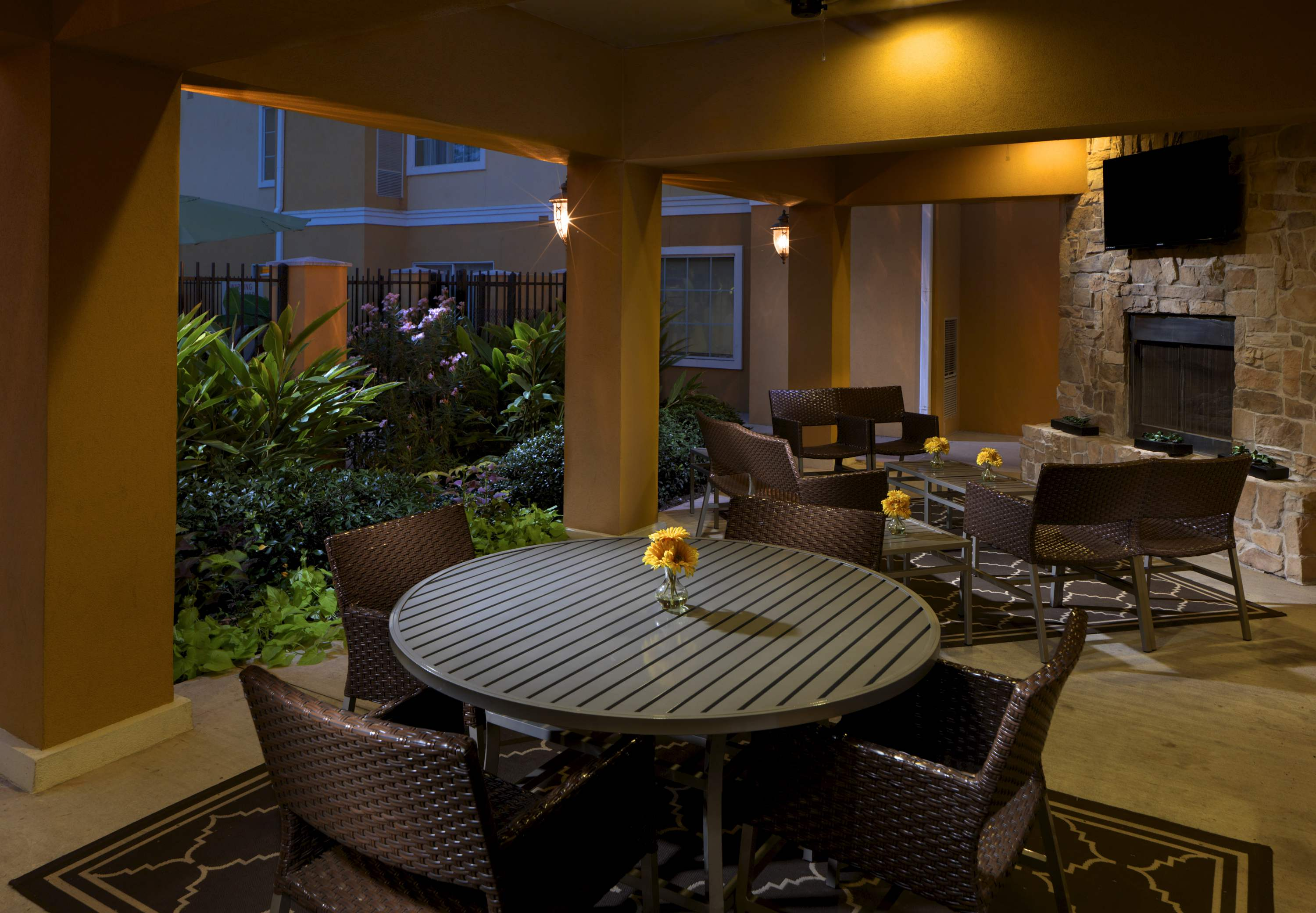 TownePlace Suites by Marriott Houston North/Shenandoah image 8