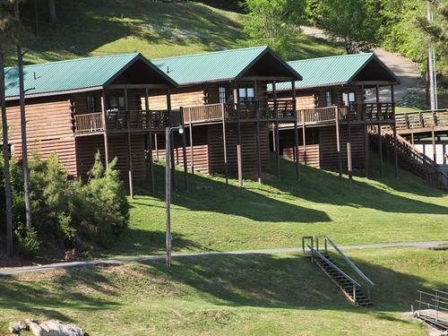 Holiday Hills Resort image 0