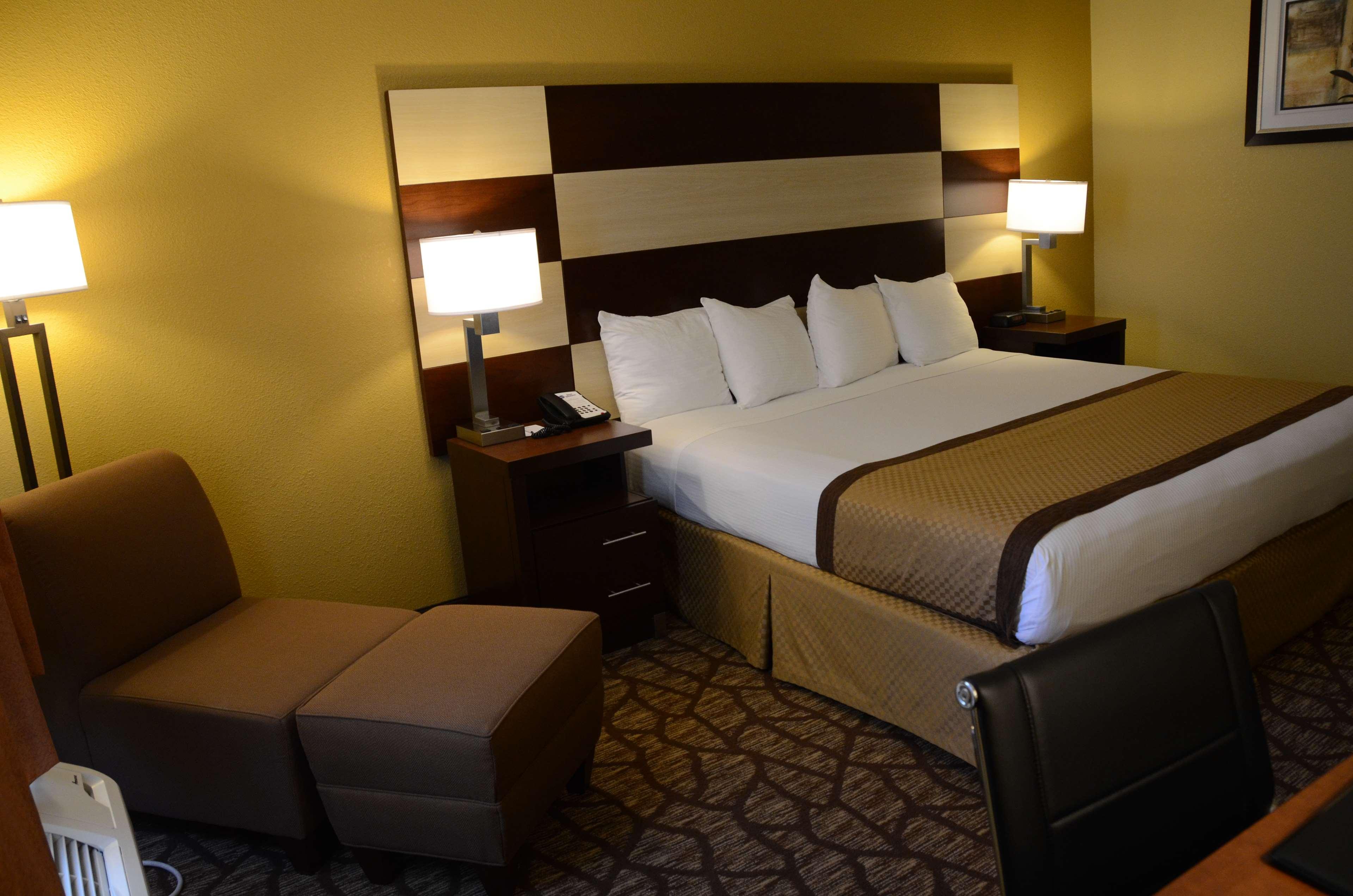Best Western Joliet Inn & Suites image 17
