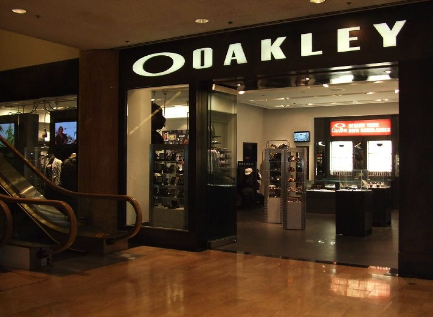 oakley outlet pleasant prairie