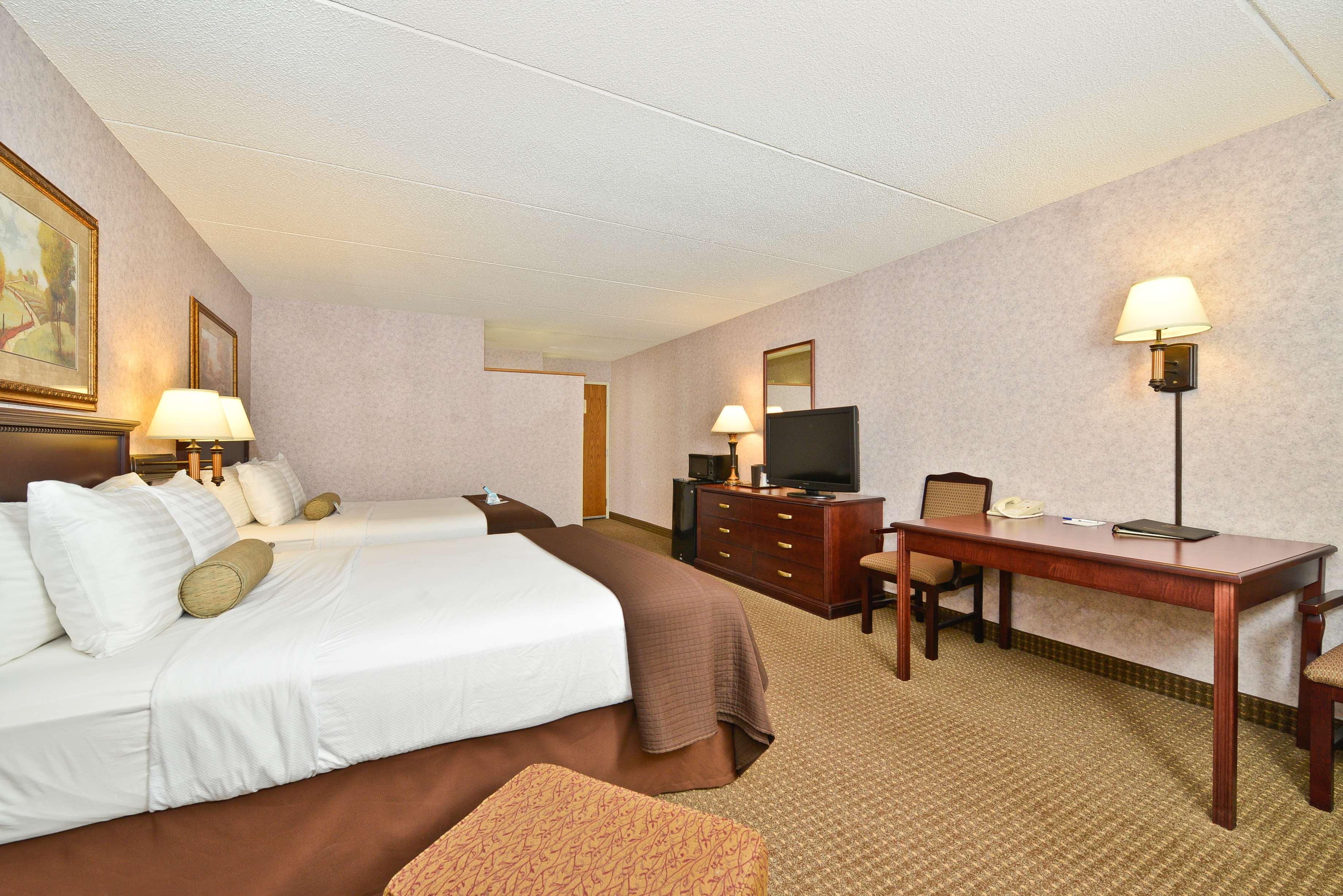 Victorian oaks bed and breakfast st cloud mn : Best western plus kelly inn at th ave s saint cloud