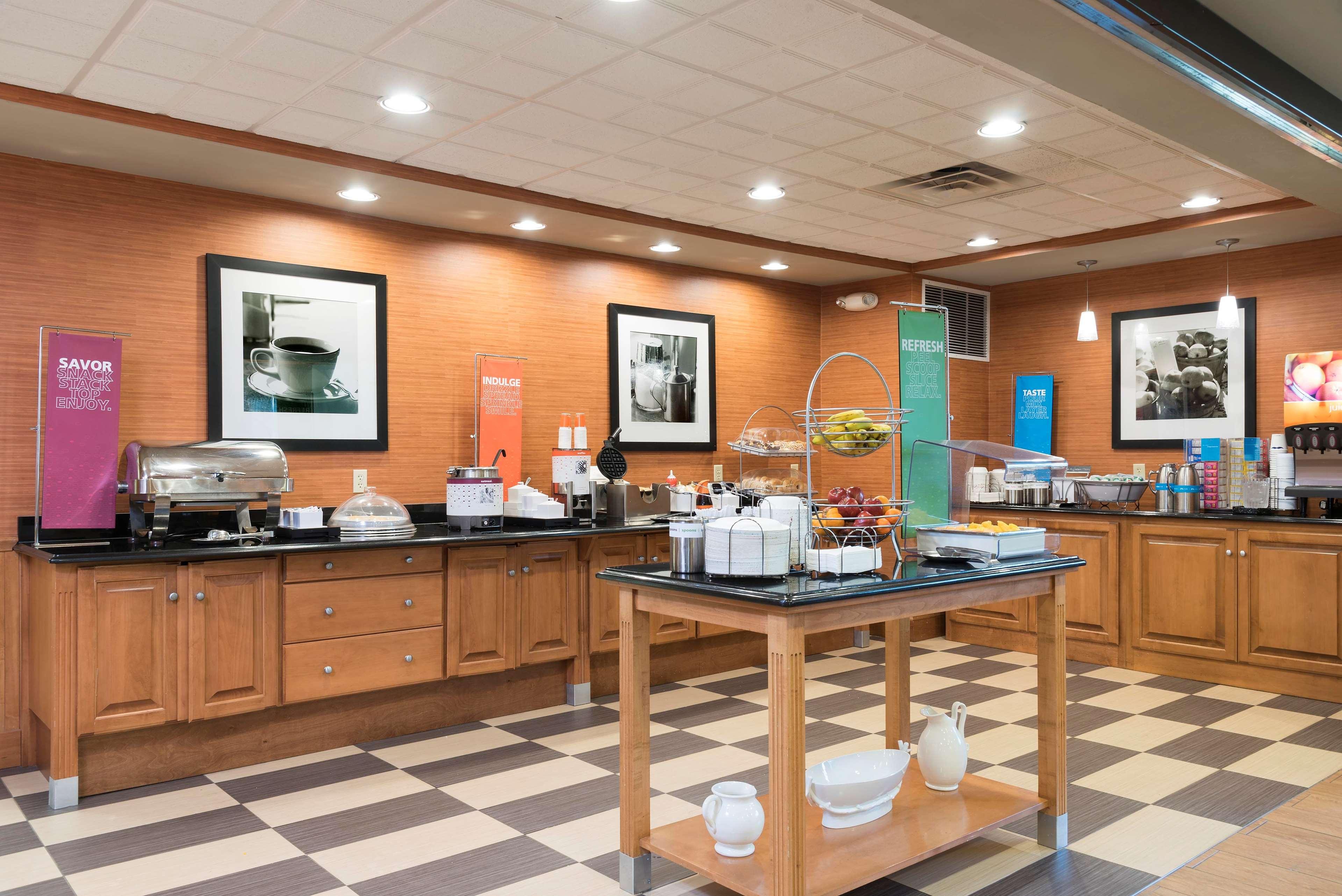 Hampton Inn & Suites Mansfield-South @ I-71 image 17