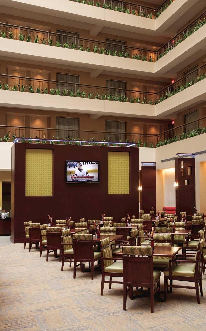 Embassy Suites by Hilton Detroit Troy Auburn Hills image 15