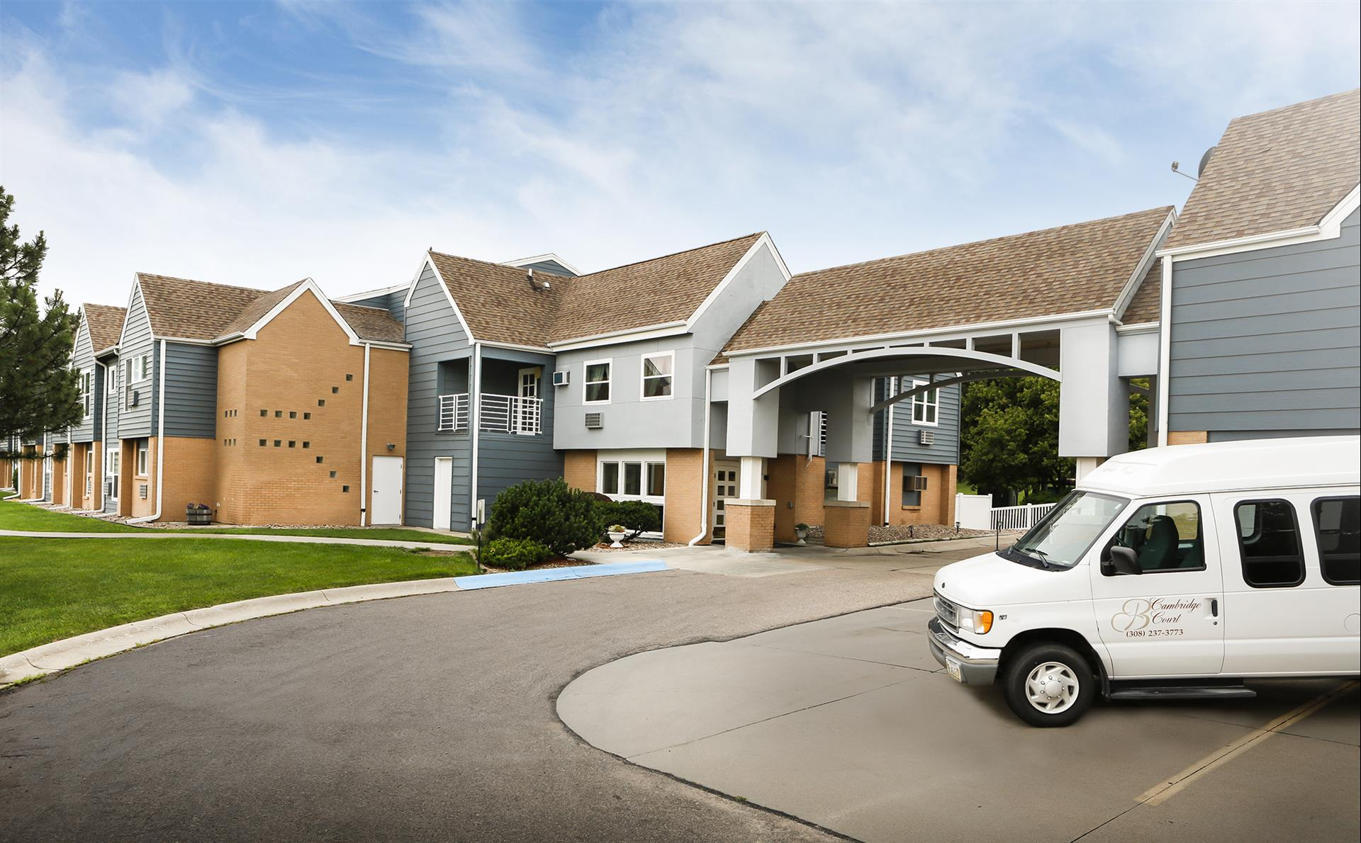 Cambridge Court Assisted Living image 3