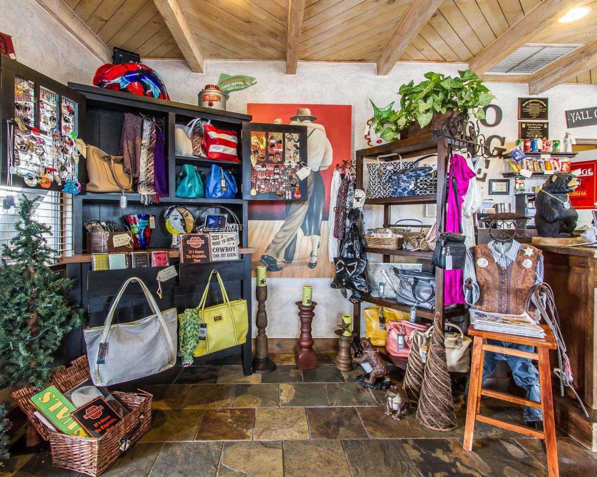 Rodeway Inn & Suites Downtowner-Rte 66 image 18