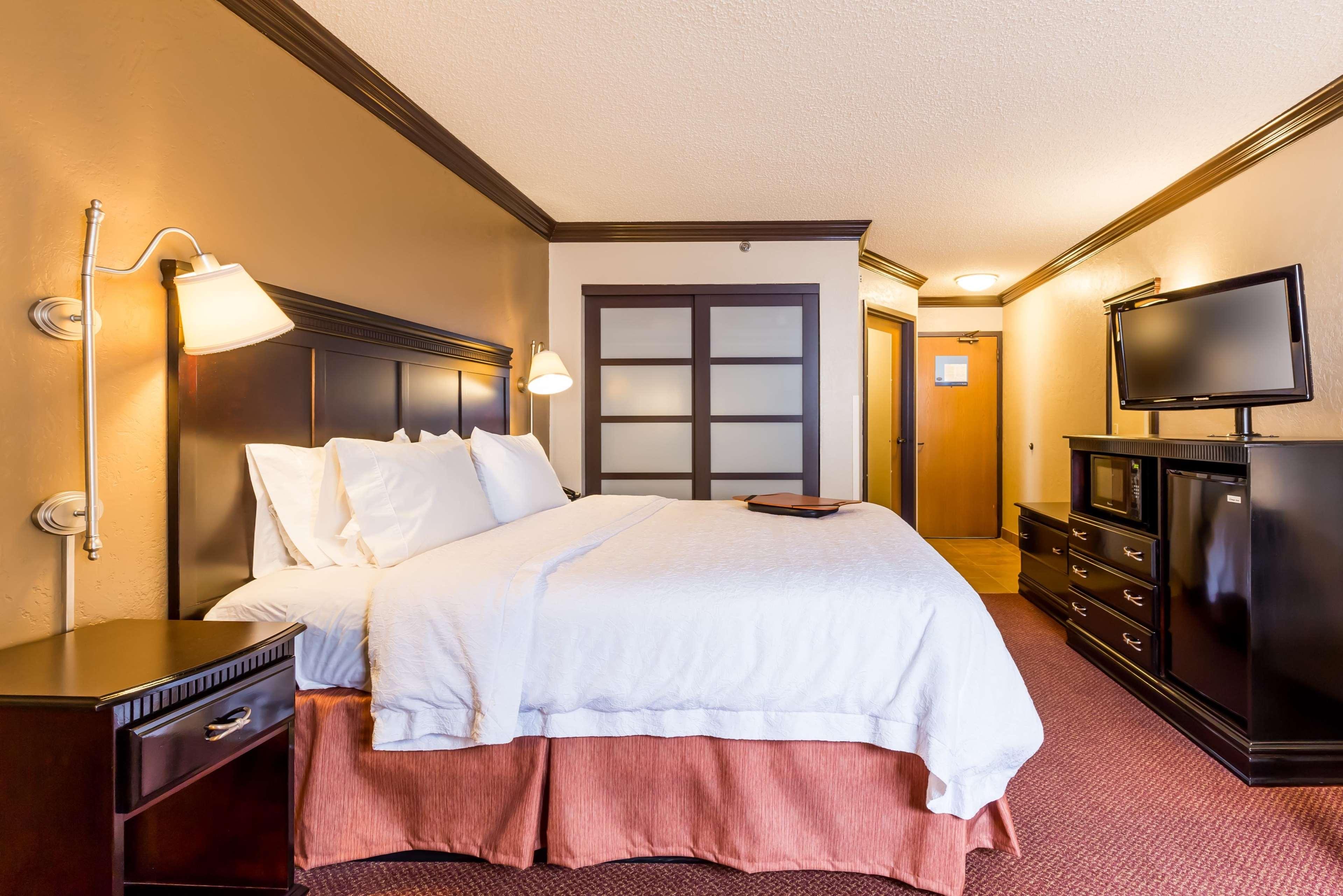 Hampton Inn & Suites Chicago/Hoffman Estates image 46