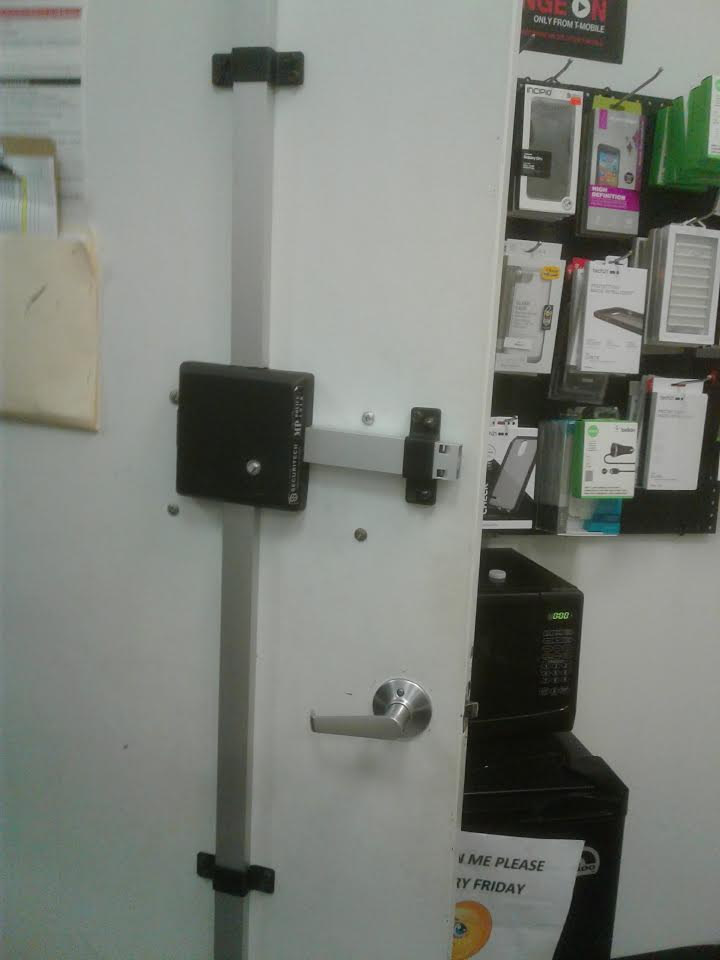 Emergency Locksmith LLC image 2