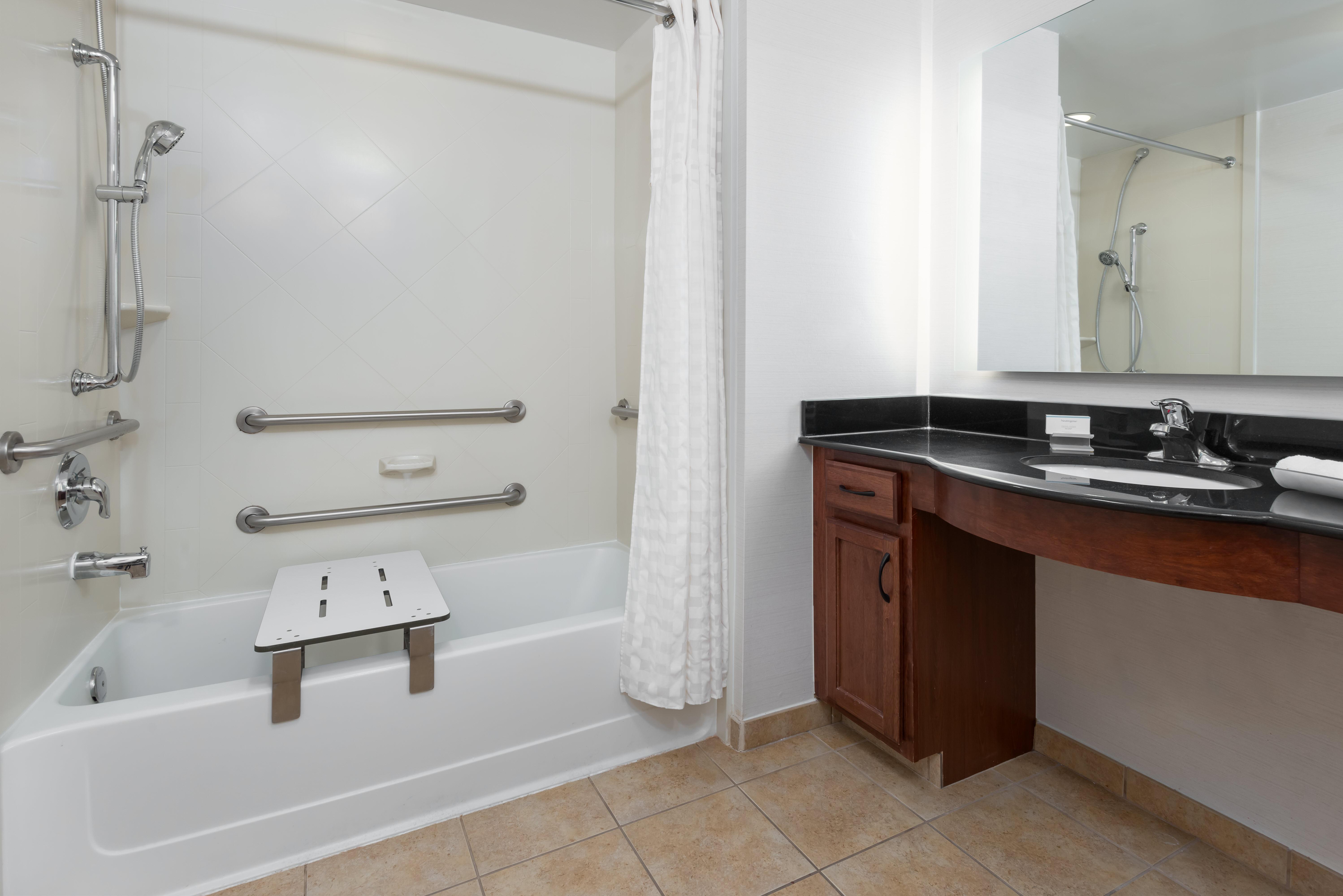 Homewood Suites by Hilton Cleveland-Beachwood image 13