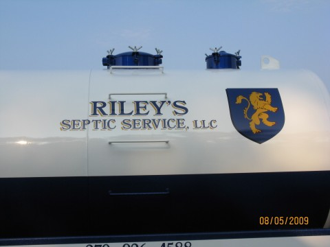 Riley's Septic Service LLC image 0