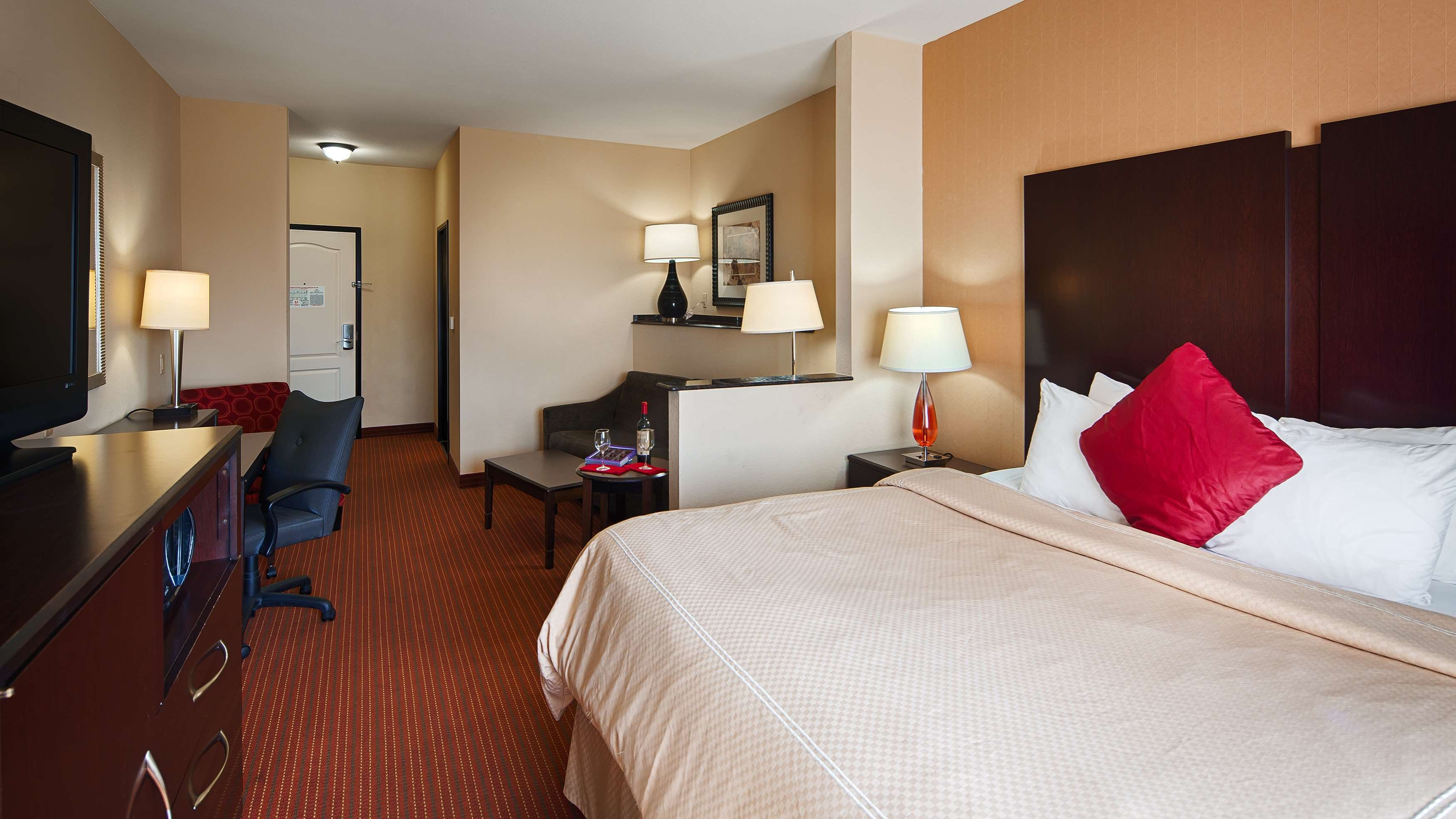 Best Western Plus DFW Airport West Euless image 15