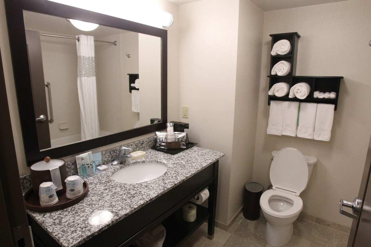 Hampton Inn & Suites Seneca-Clemson Area image 14