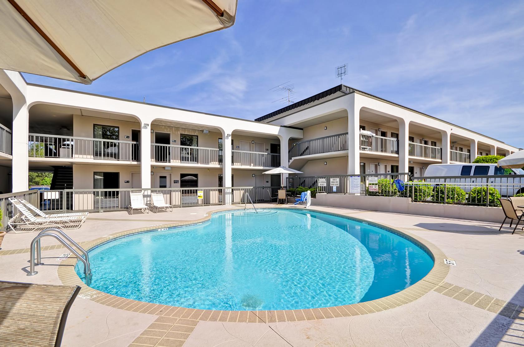 Red Lion Inn & Suites Fayetteville I-95 image 12