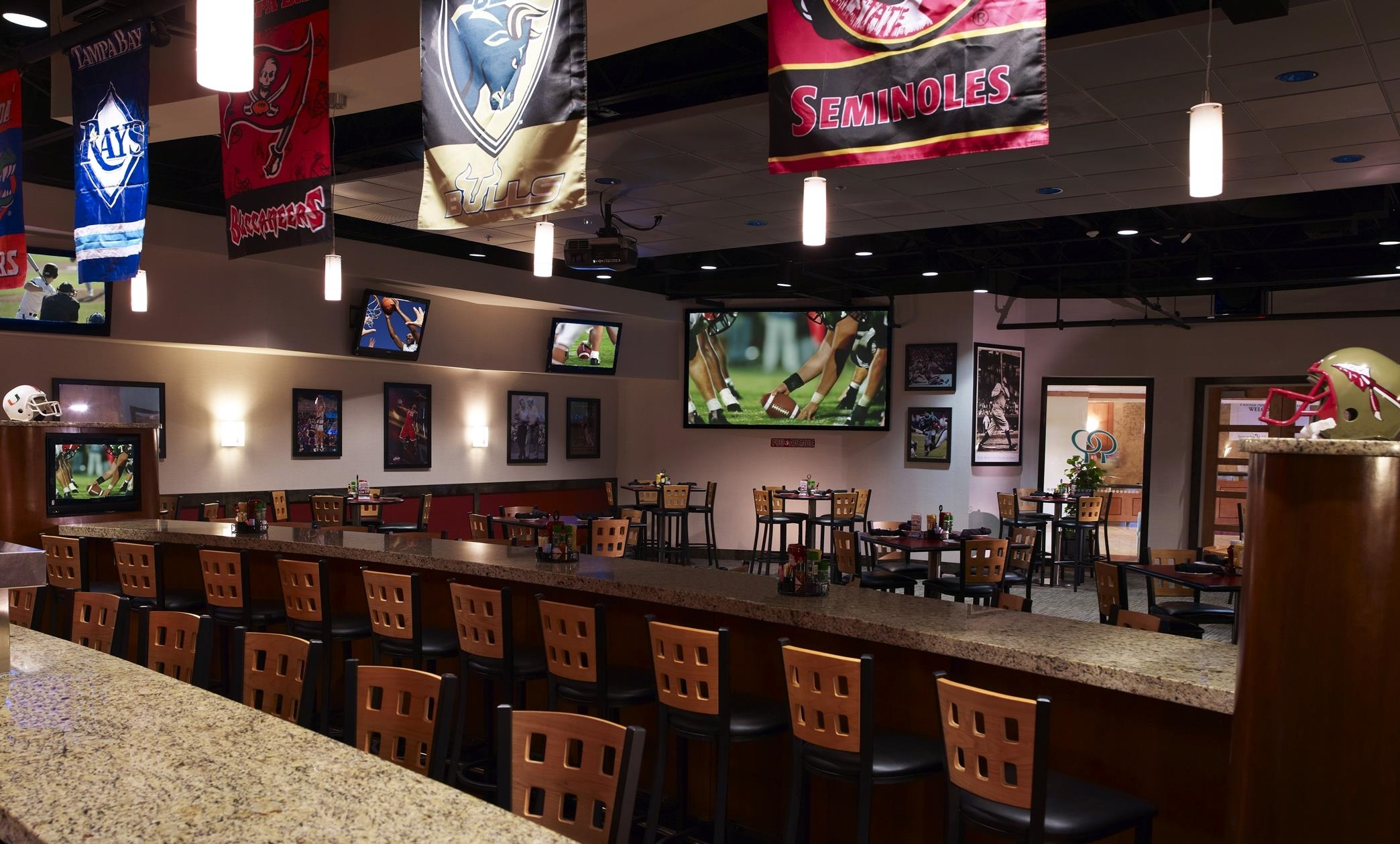 DoubleTree by Hilton Hotel Tampa Airport - Westshore image 13