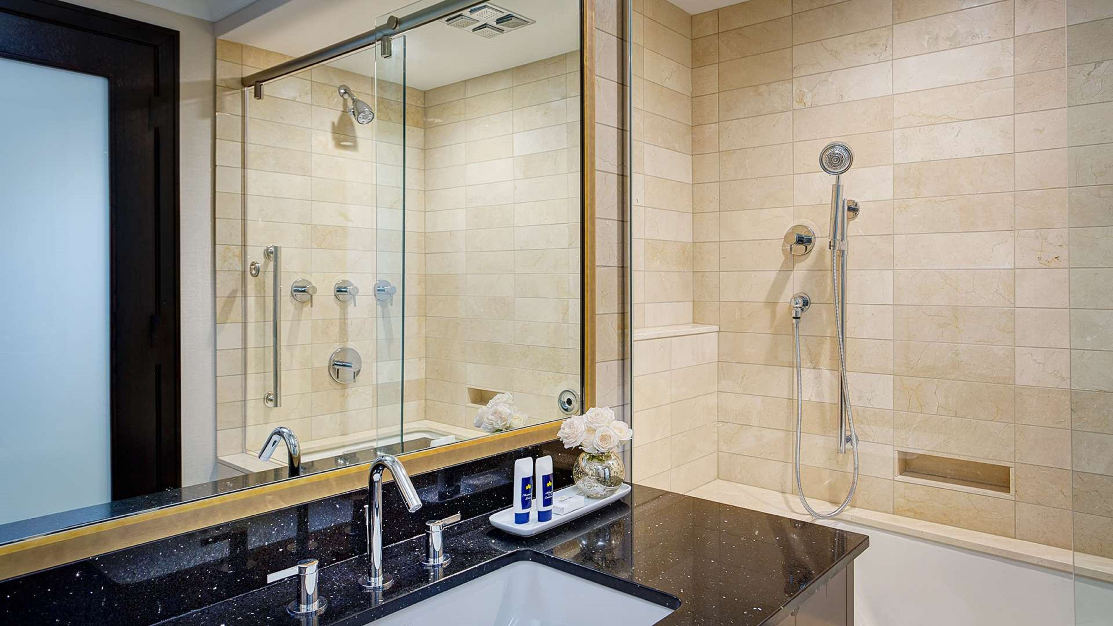 Amway Grand Plaza, Curio Collection by Hilton image 31
