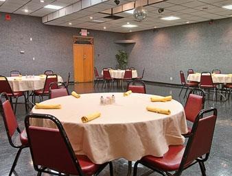 Ramada Paintsville Hotel & Conference Center image 10