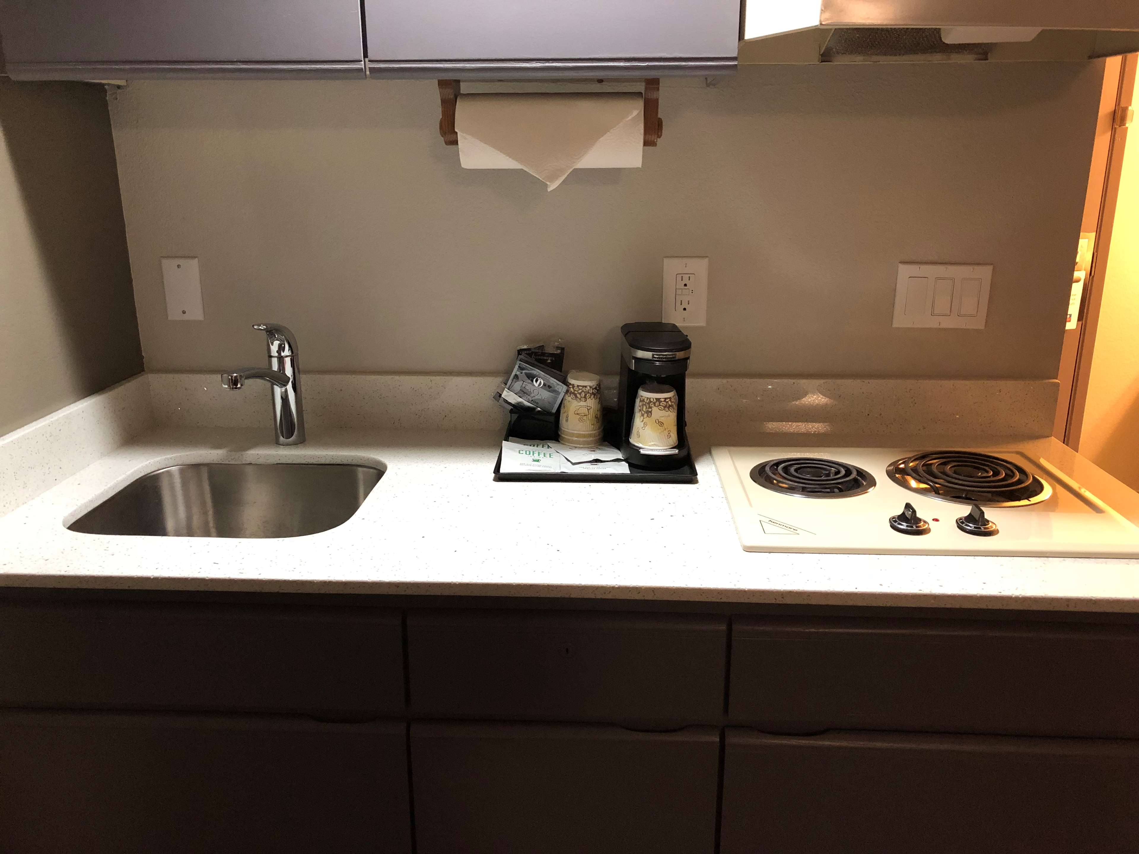 SureStay Plus Hotel by Best Western Moses Lake image 9