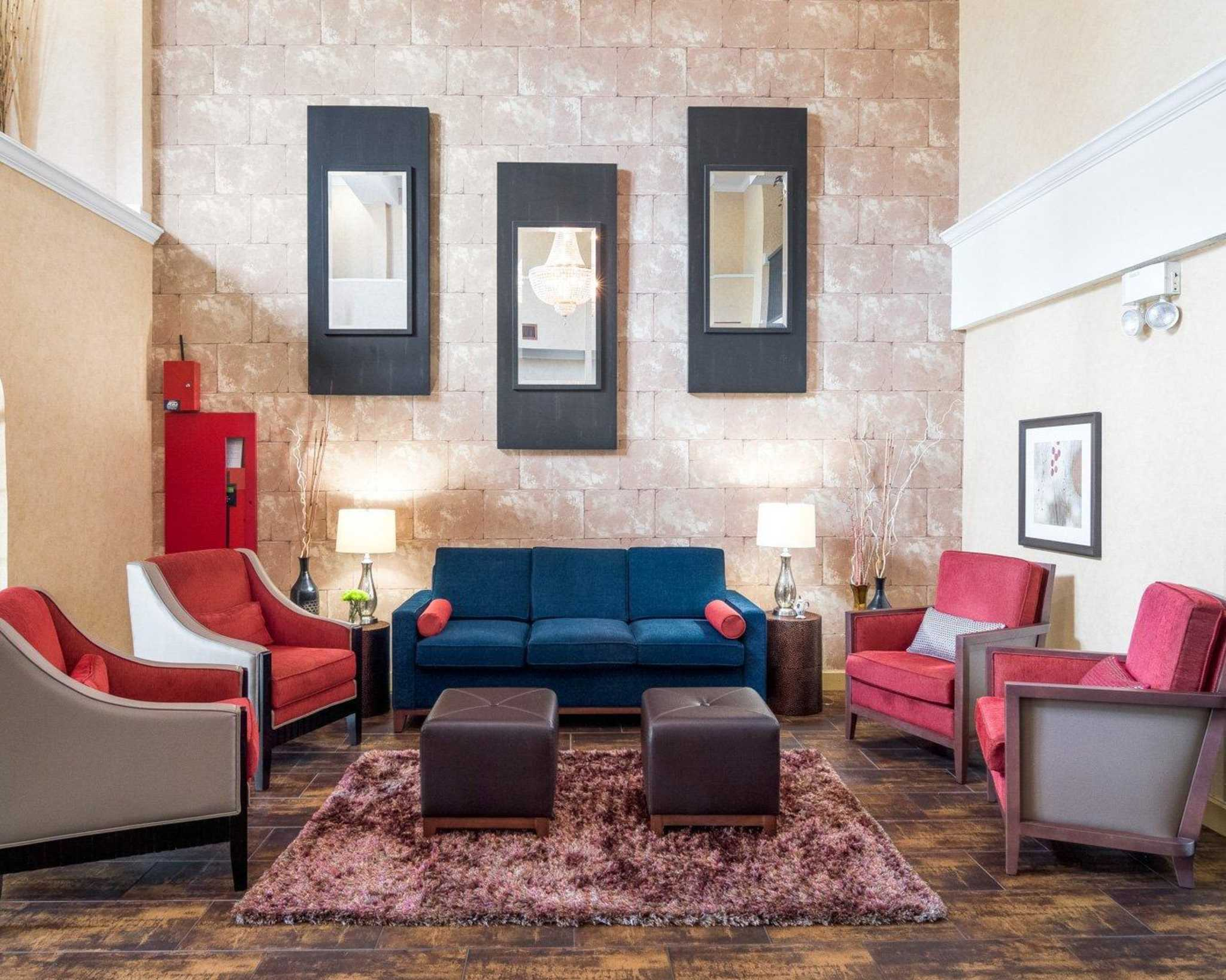 Comfort Suites Las Colinas Center image 6