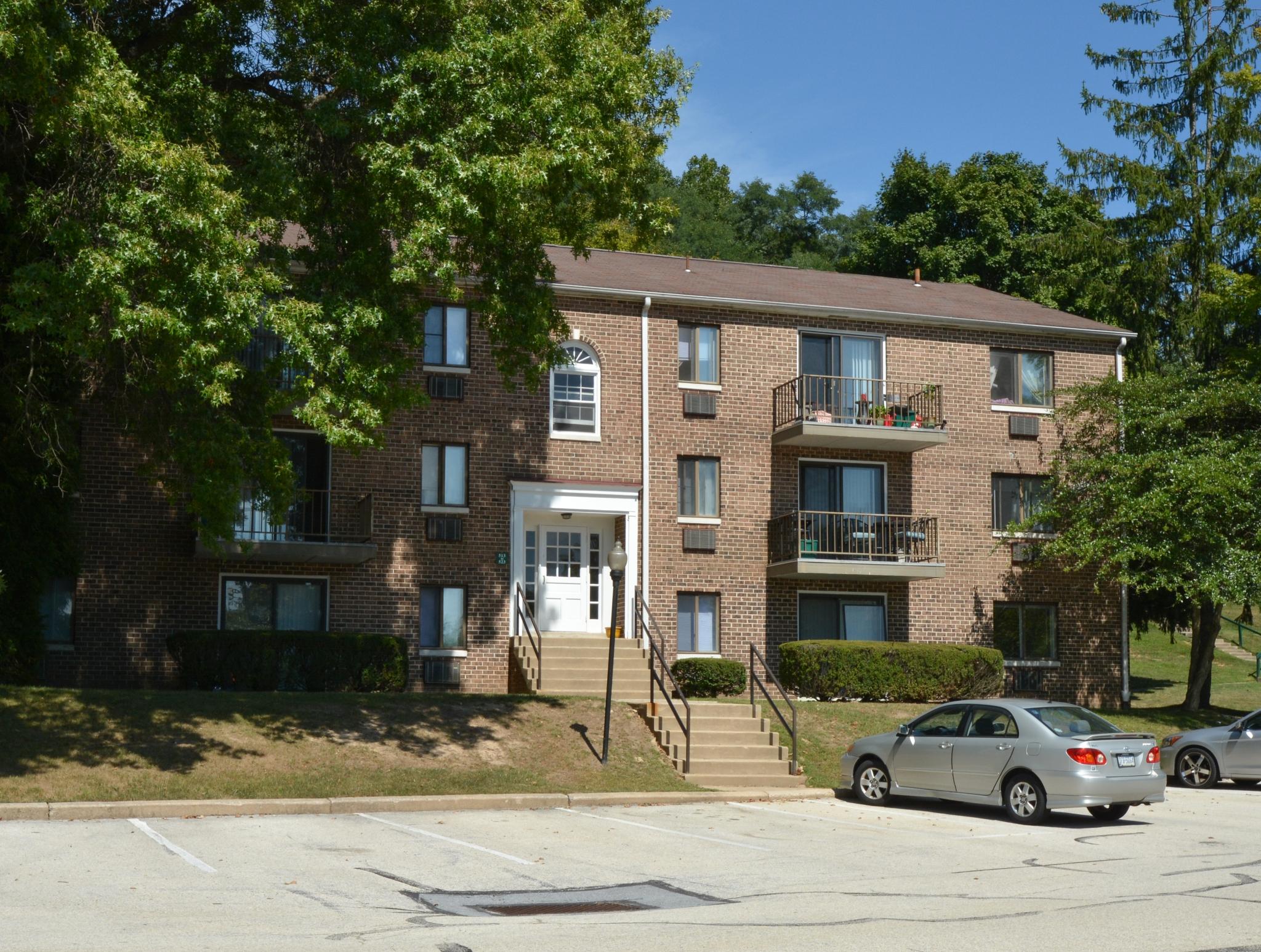 Norwood House Apartments image 4