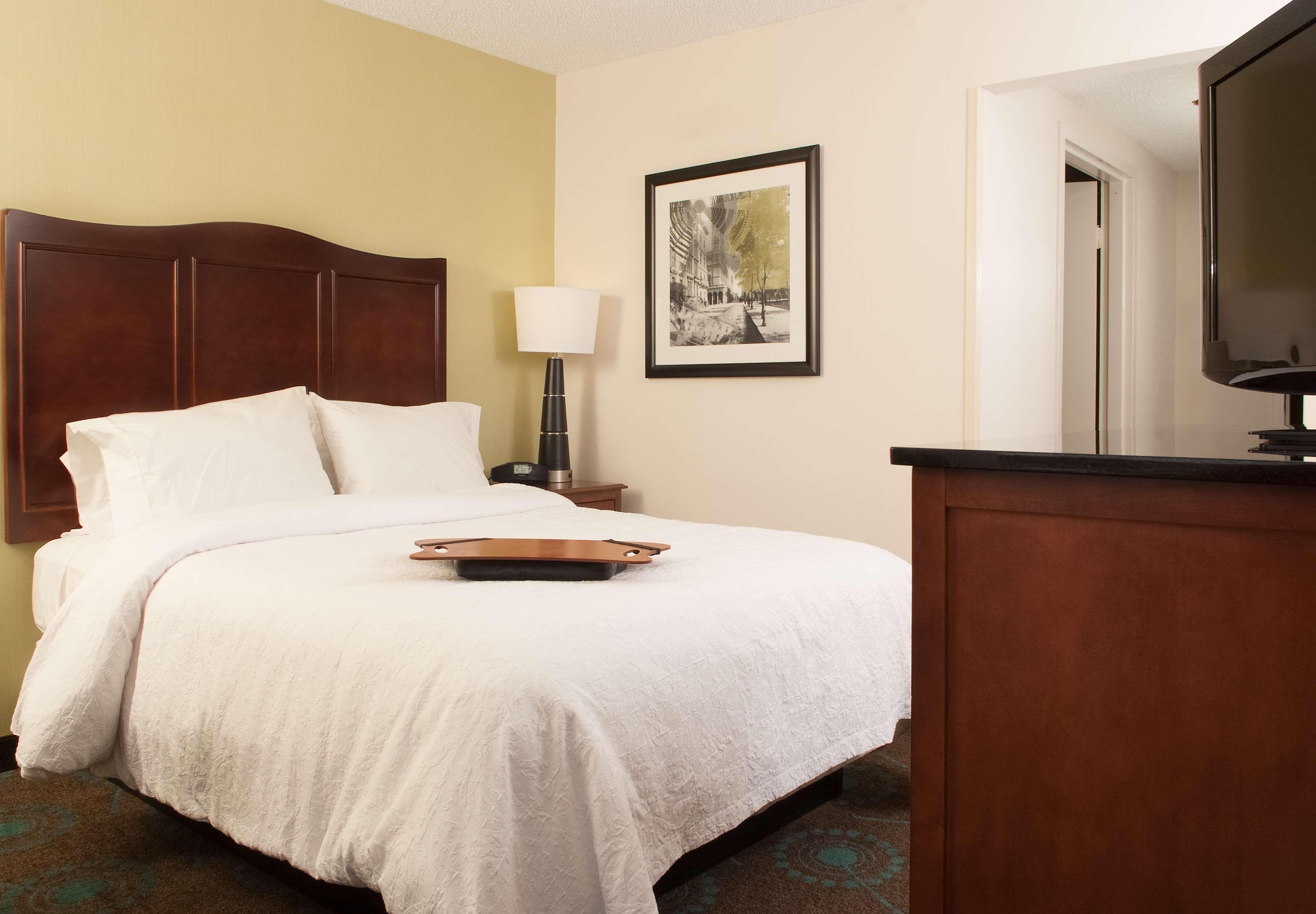 Hampton Inn Atlanta-North Druid Hills image 31
