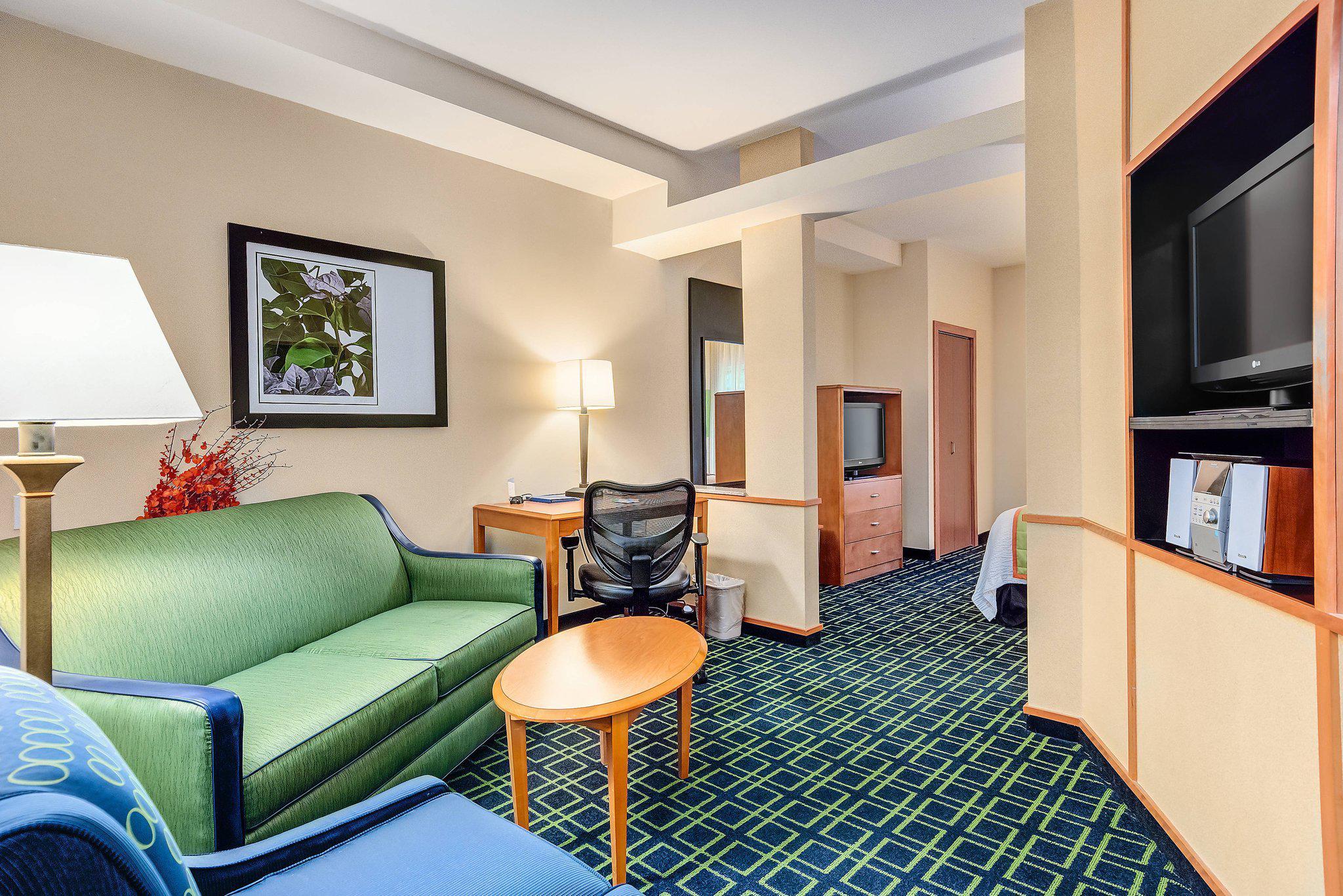 Fairfield Inn & Suites by Marriott Worcester Auburn