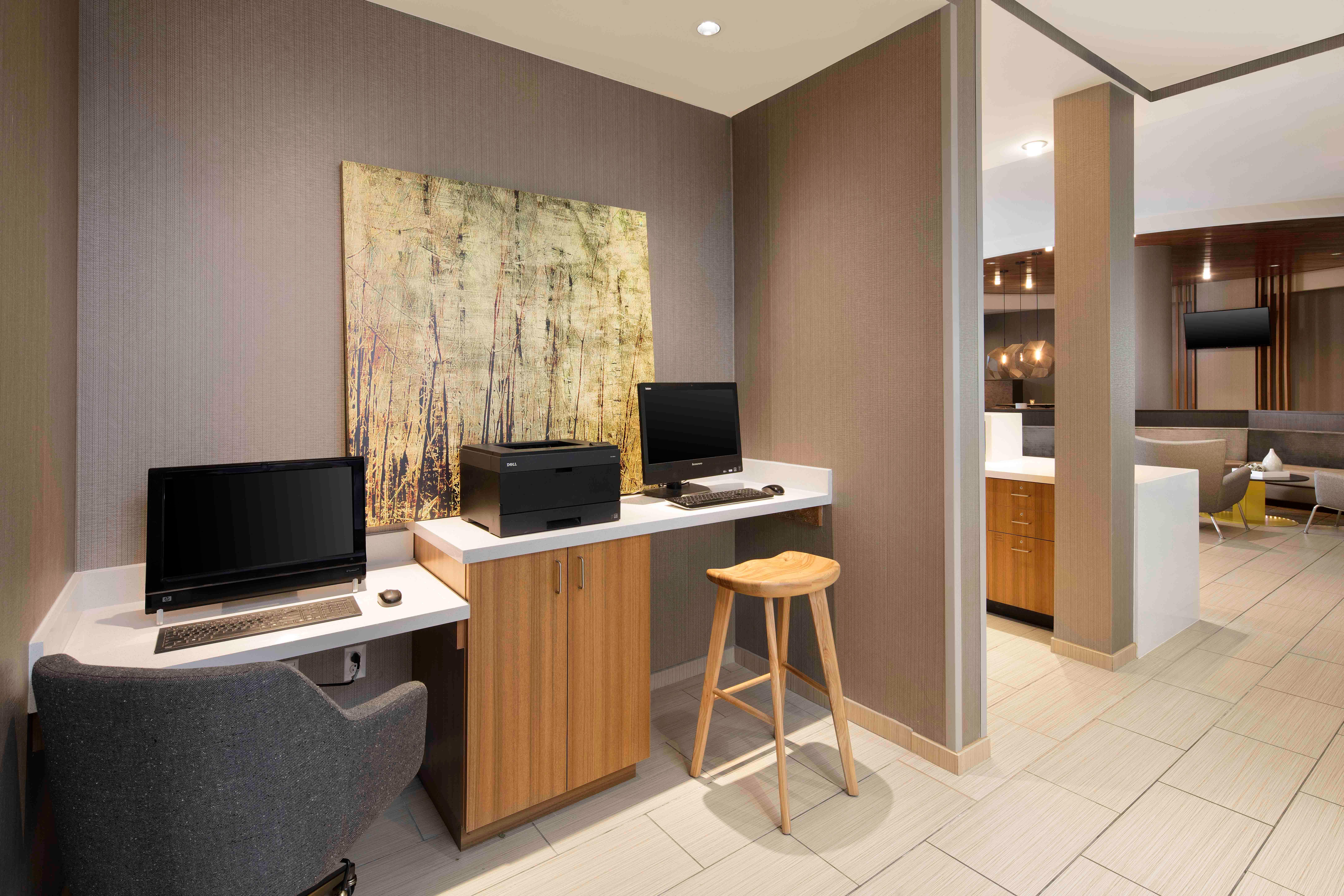 SpringHill Suites by Marriott Indianapolis Downtown image 7