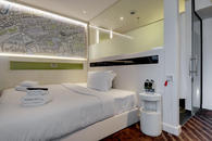 hub by Premier Inn room