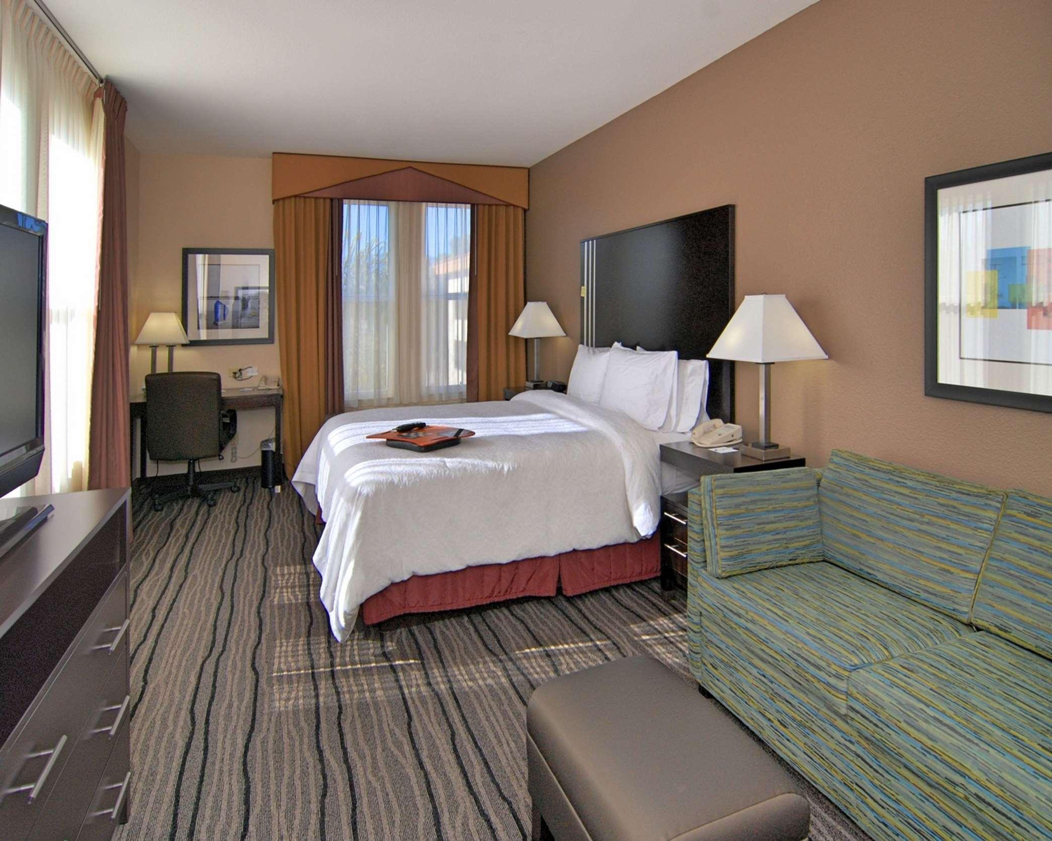 Hampton Inn & Suites Mountain View image 15