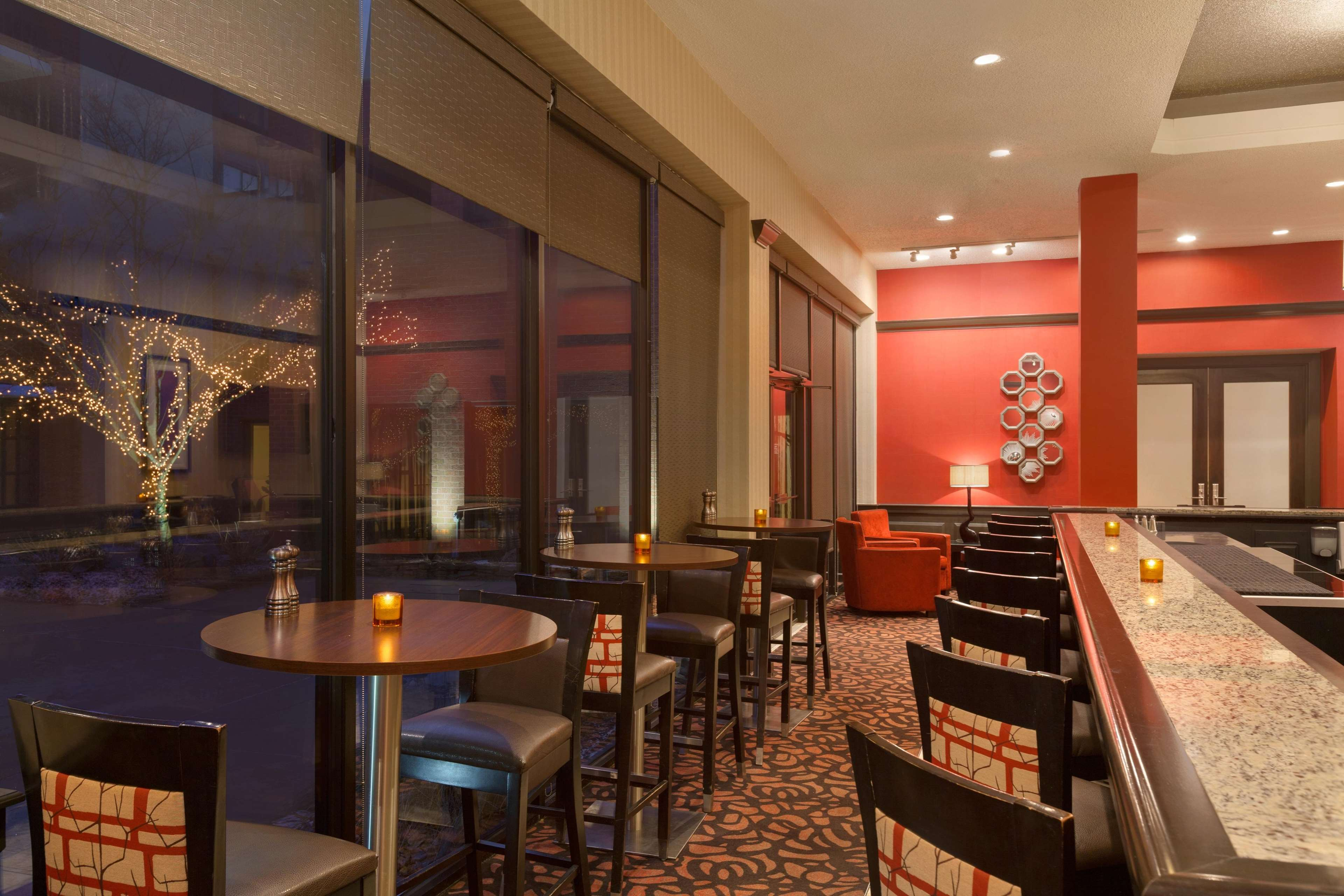 DoubleTree by Hilton Boston - Andover image 8