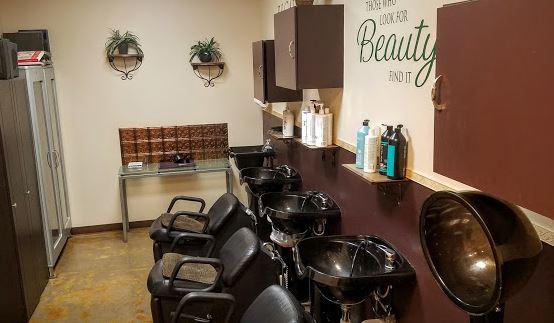 Essenza Salon And Medi Spa image 7