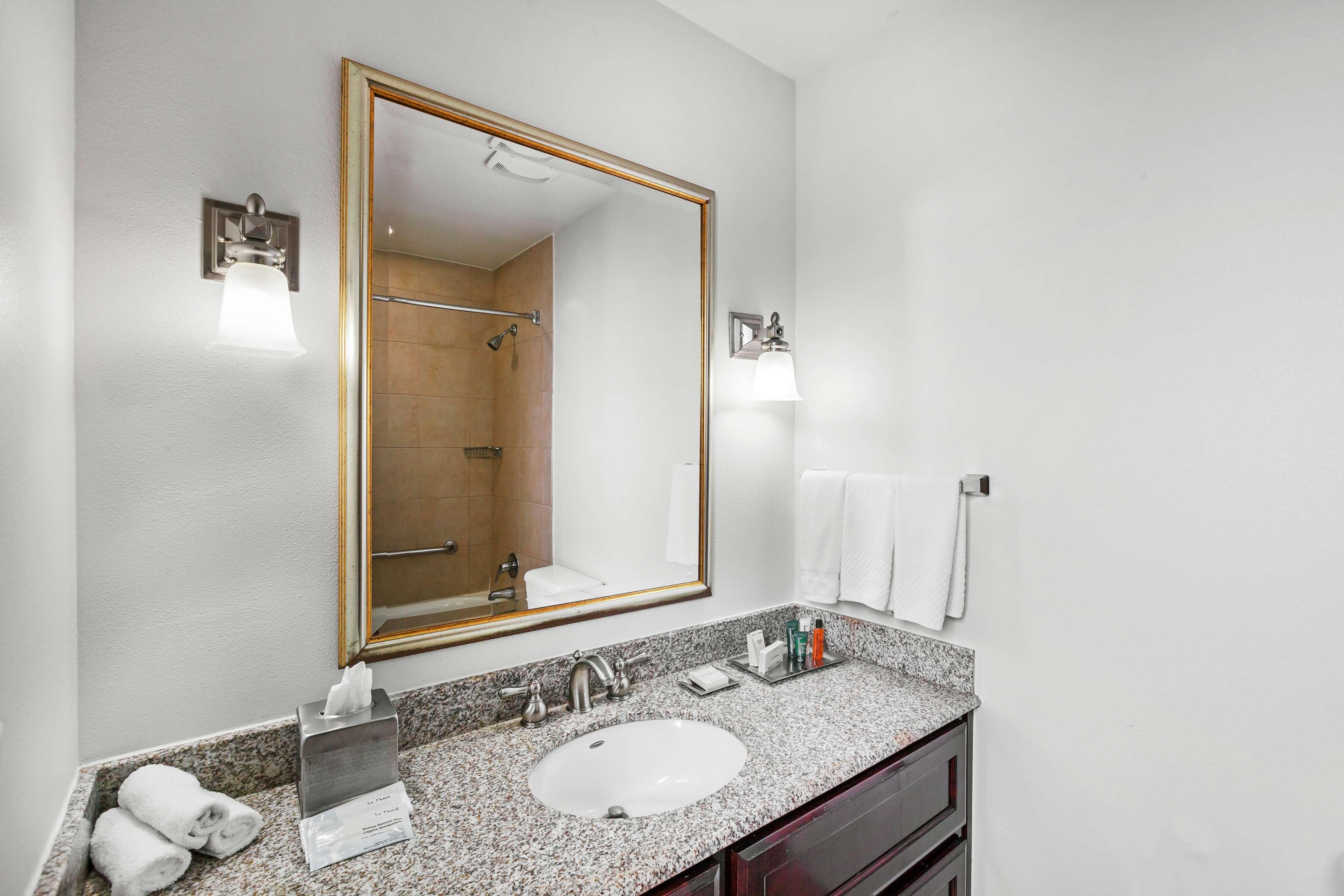 Hilton Waco image 38