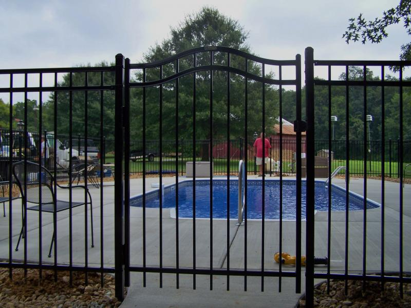 Rammer Fence Inc image 0