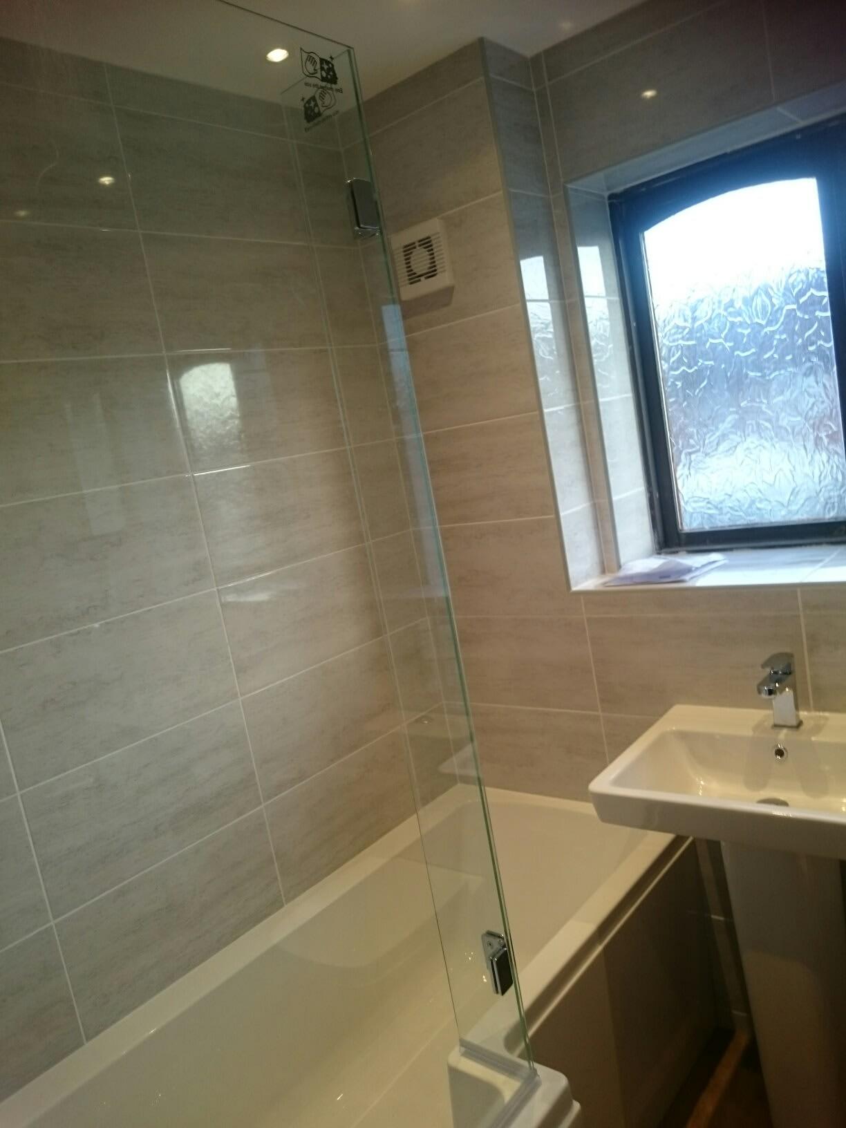 S p beattie plastering tiling full bathroom for Full bathroom installation
