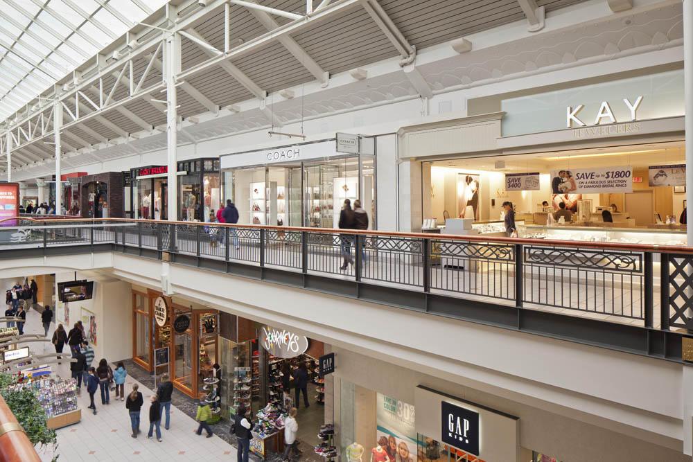 Solomon Pond Mall image 5