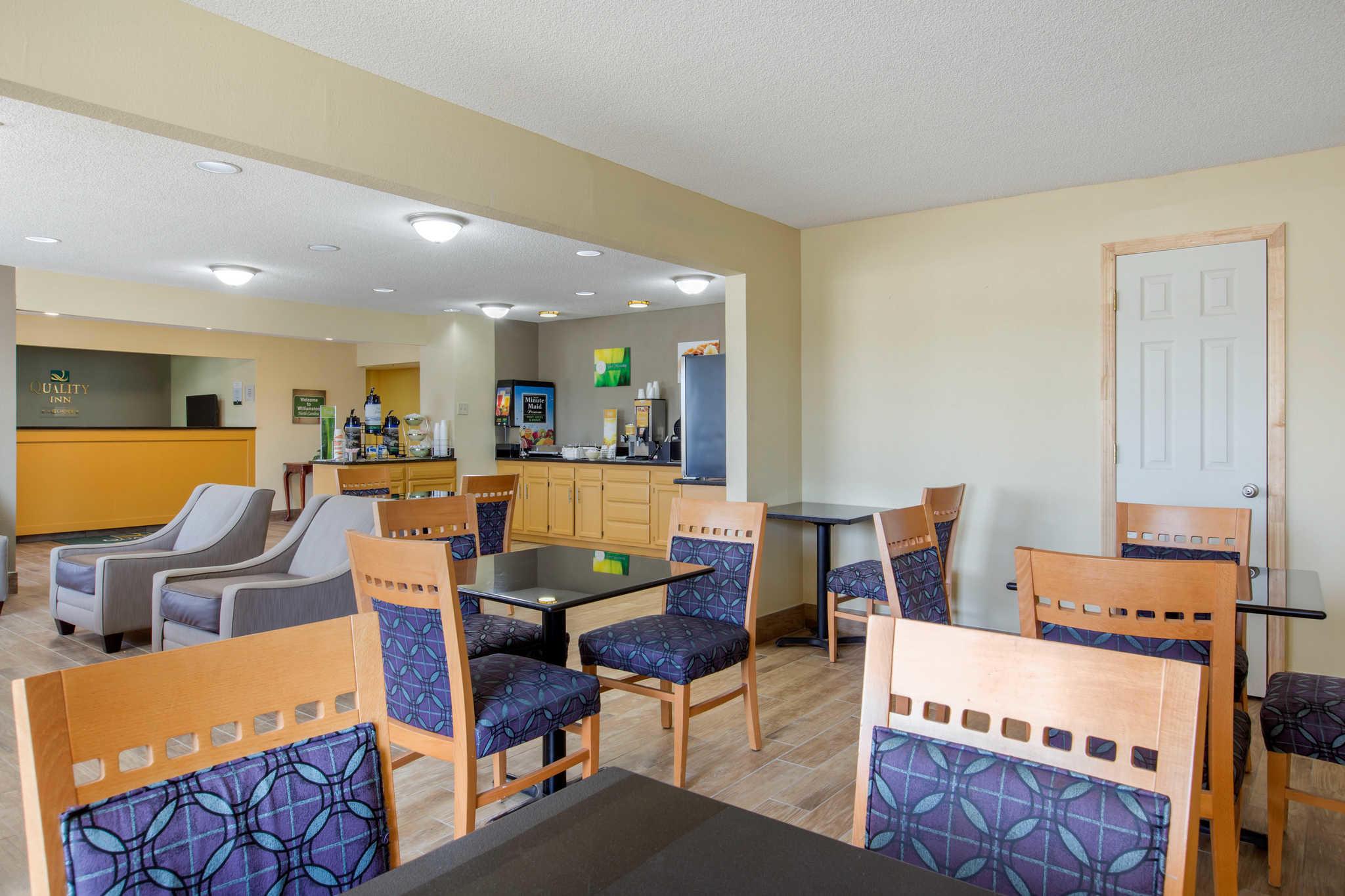 Quality Inn image 35